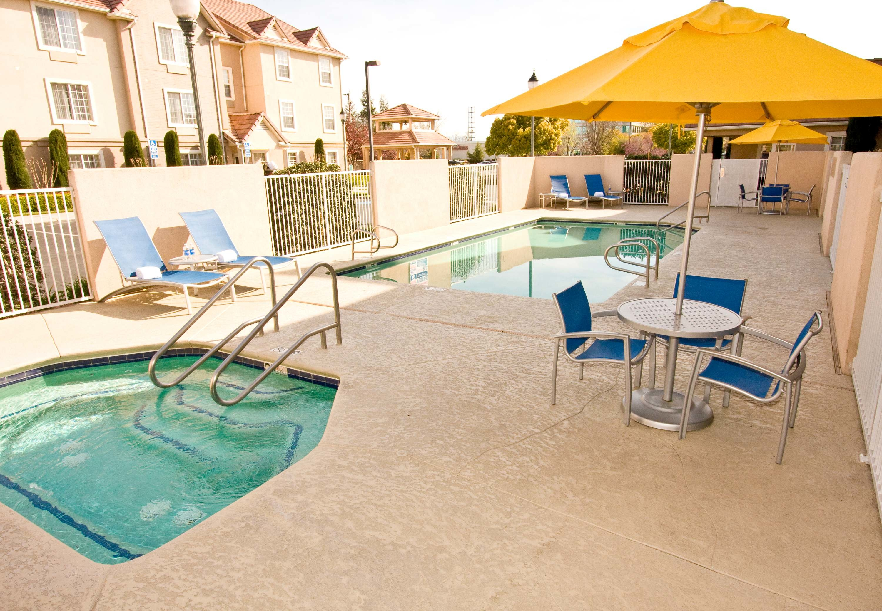 TownePlace Suites by Marriott Fresno image 3