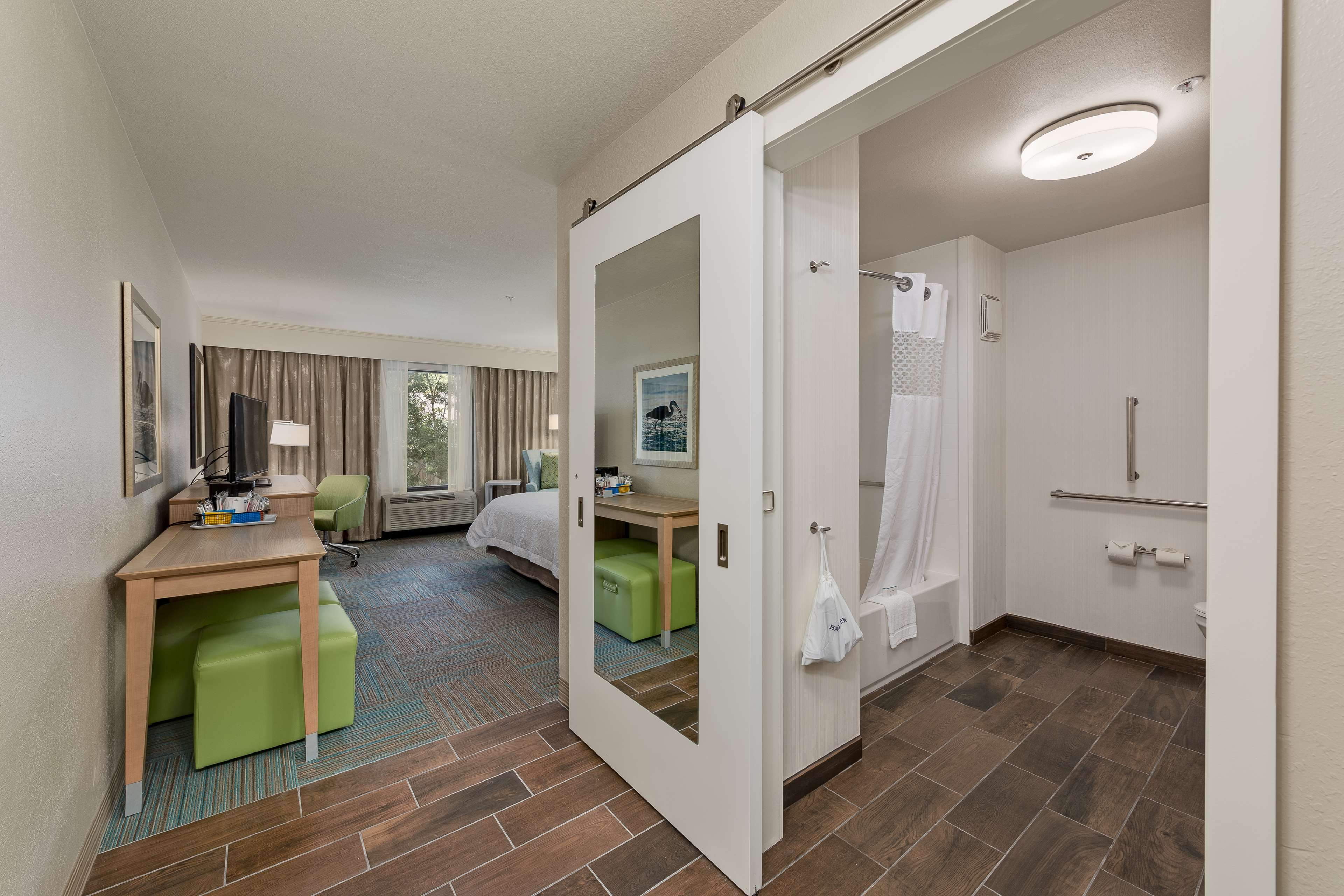 Hampton Inn Niceville-Eglin Air Force Base image 16