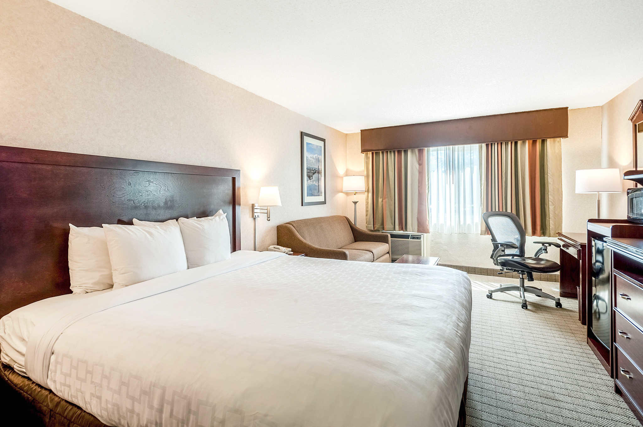 Clarion Hotel Seattle Airport image 9