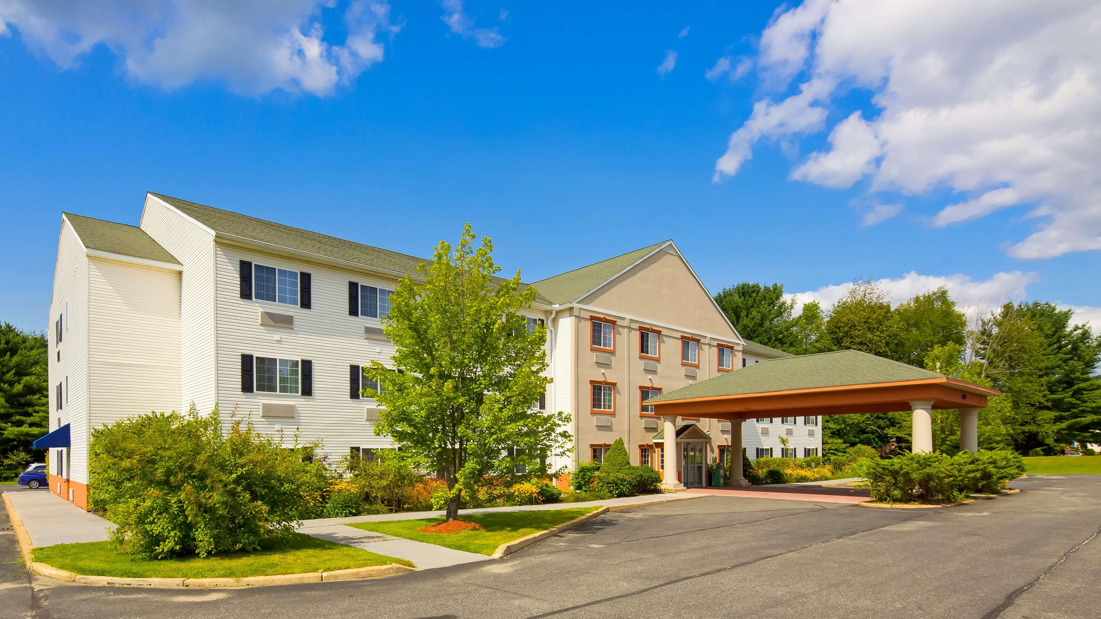 Best Western Plus Berkshire Hills Inn & Suites image 1