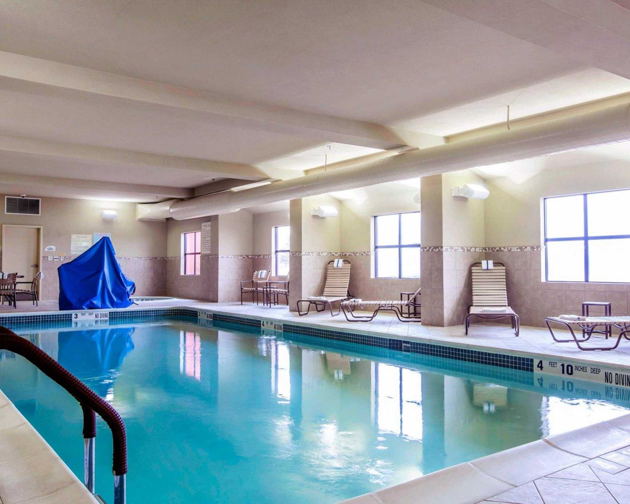 Comfort Inn & Suites adj to Akwesasne Mohawk Casino image 26