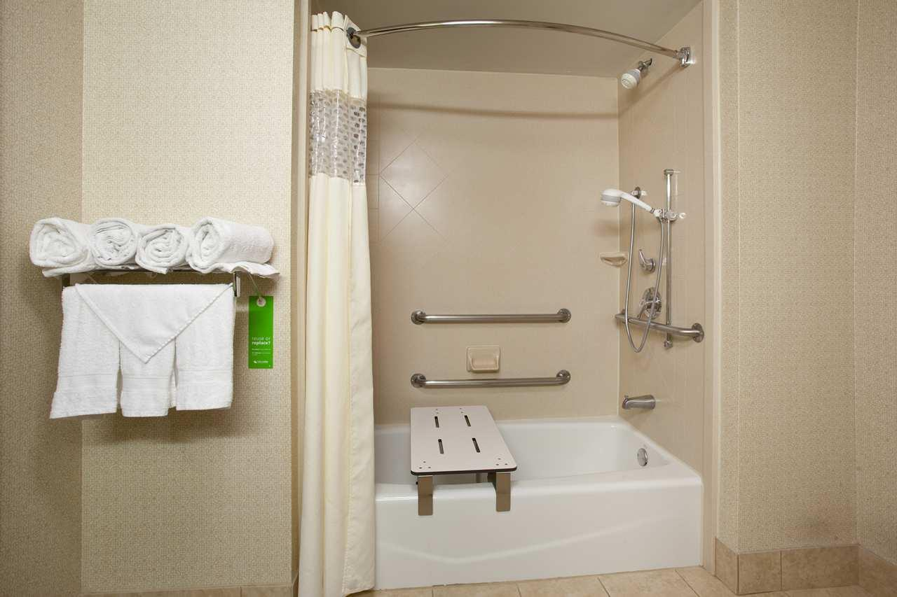 Hampton Inn Knoxville-West At Cedar Bluff image 4