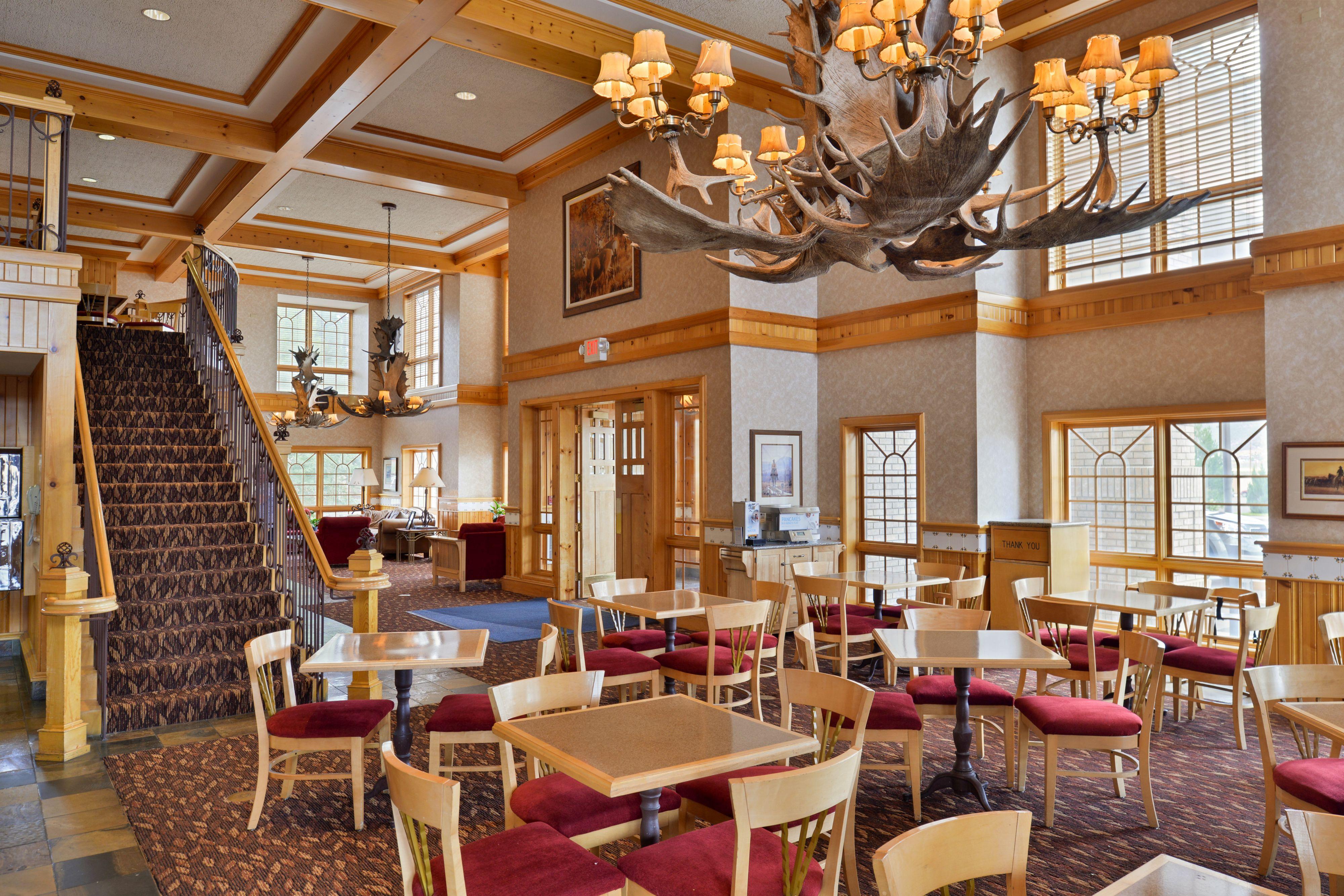 Holiday Inn Express & Suites Elko image 4