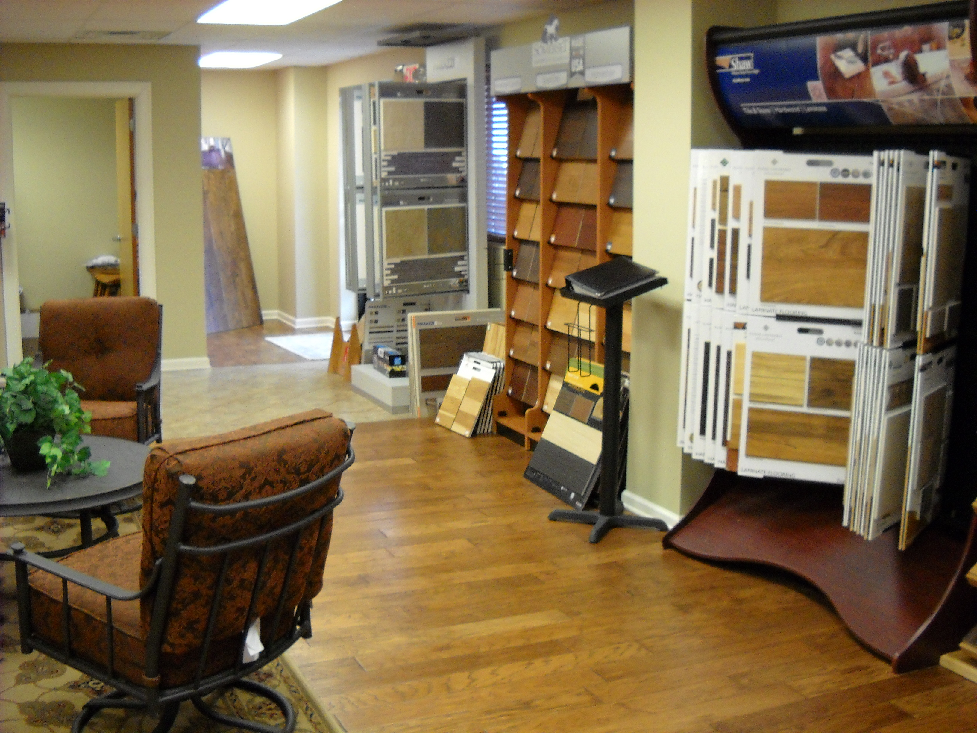 Best buy flooring center henderson nv business directory for Flooring companies