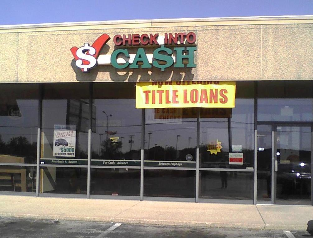 Check Into Cash in Janesville WI