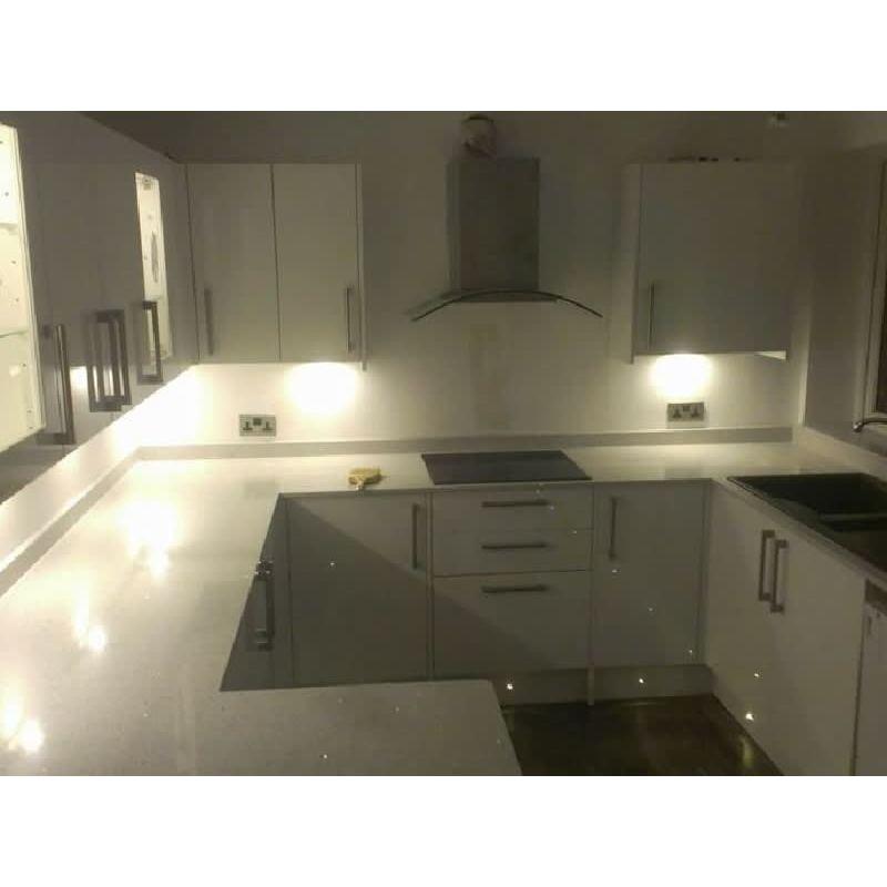 Tpl Kitchens & Bathrooms