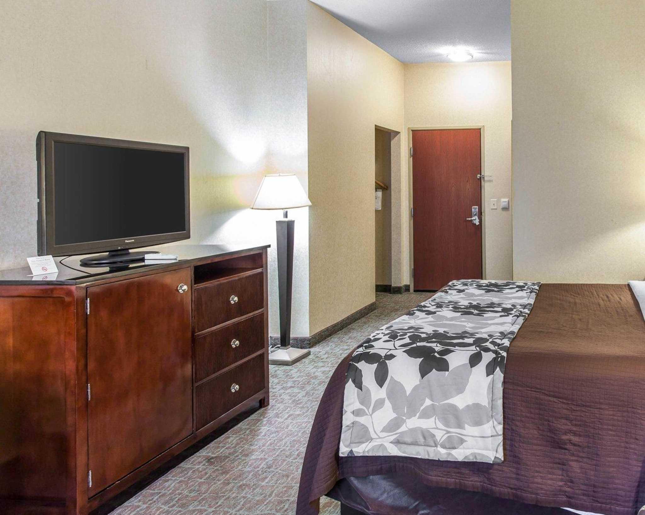 Sleep Inn & Suites Upper Marlboro near Andrews AFB image 28