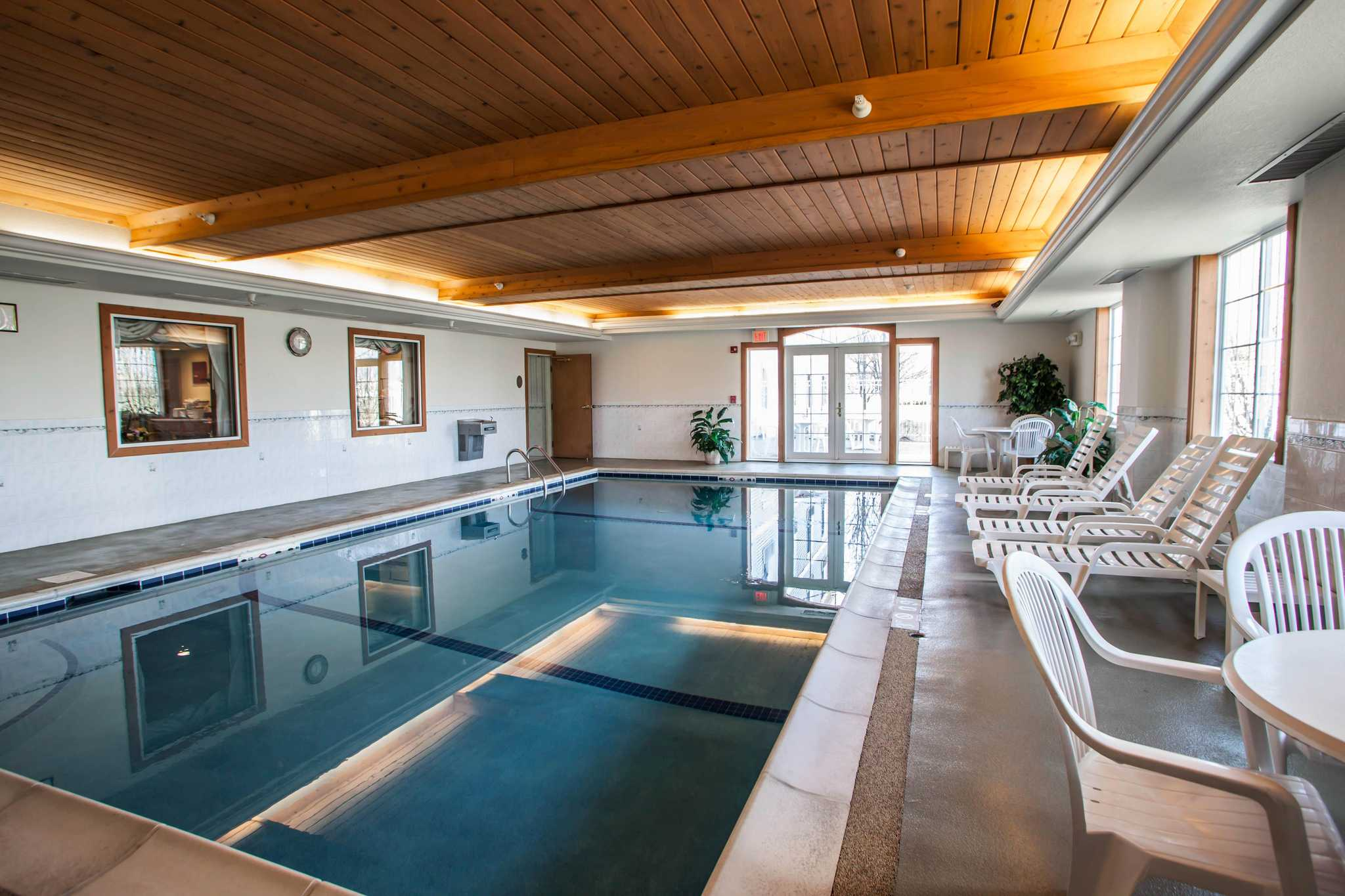 Comfort Inn & Suites in Geneva, IL, photo #5