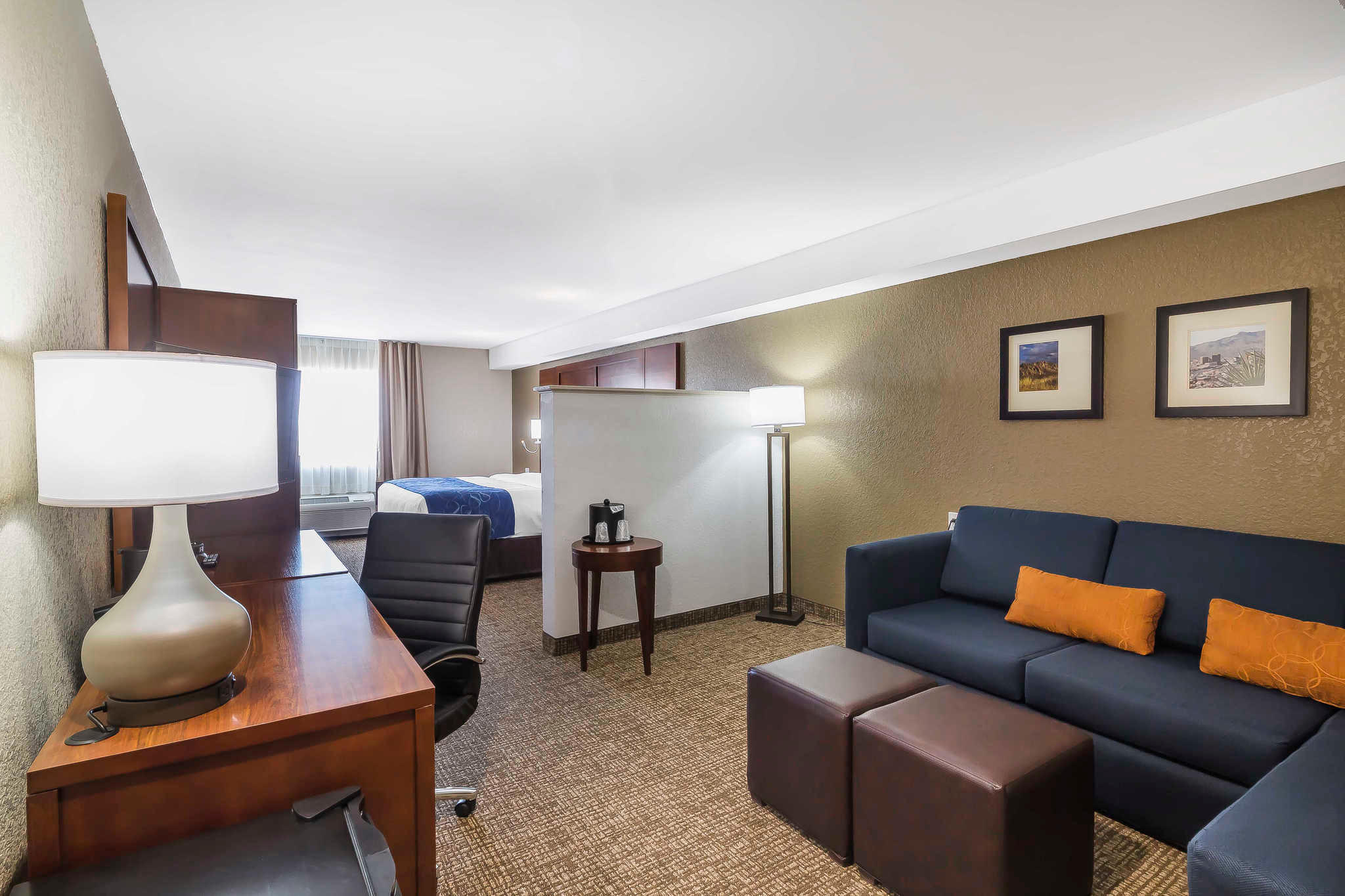 Comfort Suites El Paso Airport image 6