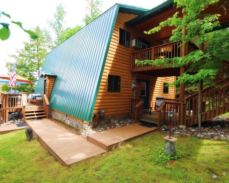 Melgeorge's Elephant Lake Lodge and Resort image 1