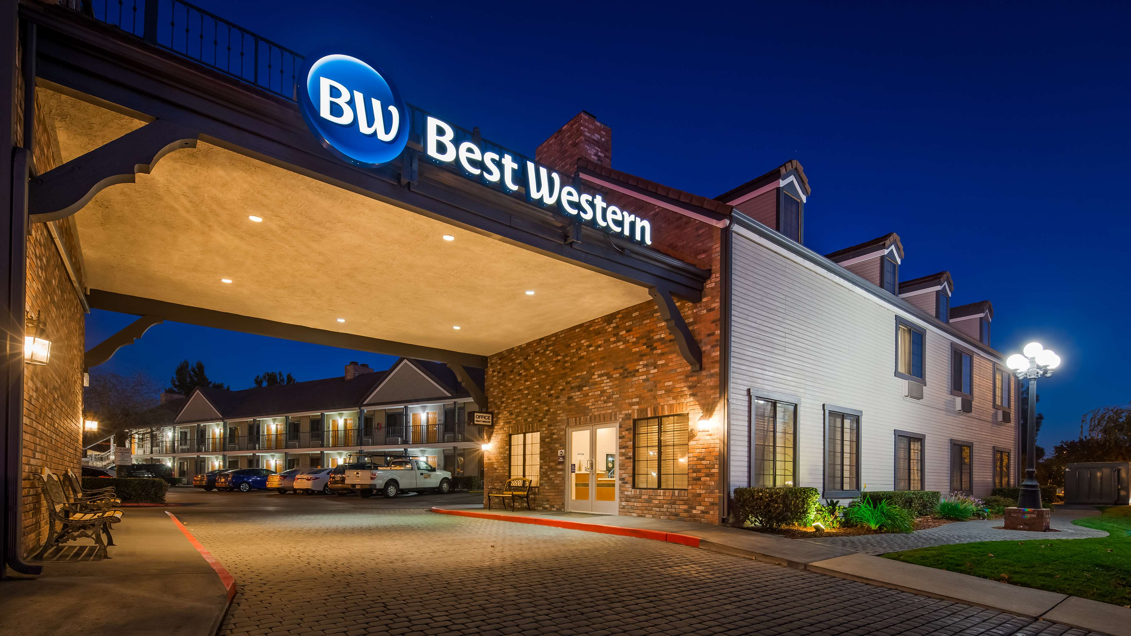 Best Western Country Inn image 30