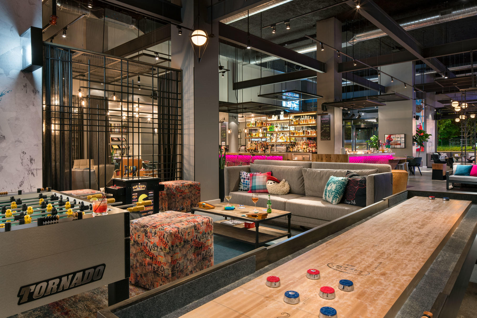 MOXY Chicago Downtown image 19