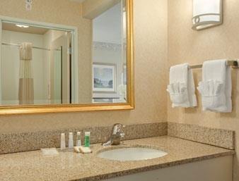 Baymont Inn & Suites Ft. Leonard/Saint Robert image 5