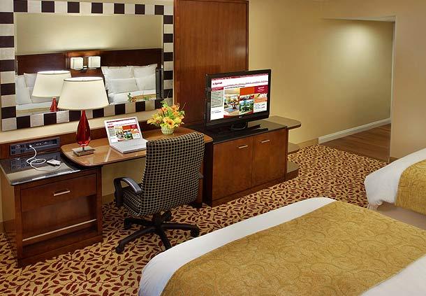 Trumbull Marriott Shelton image 1