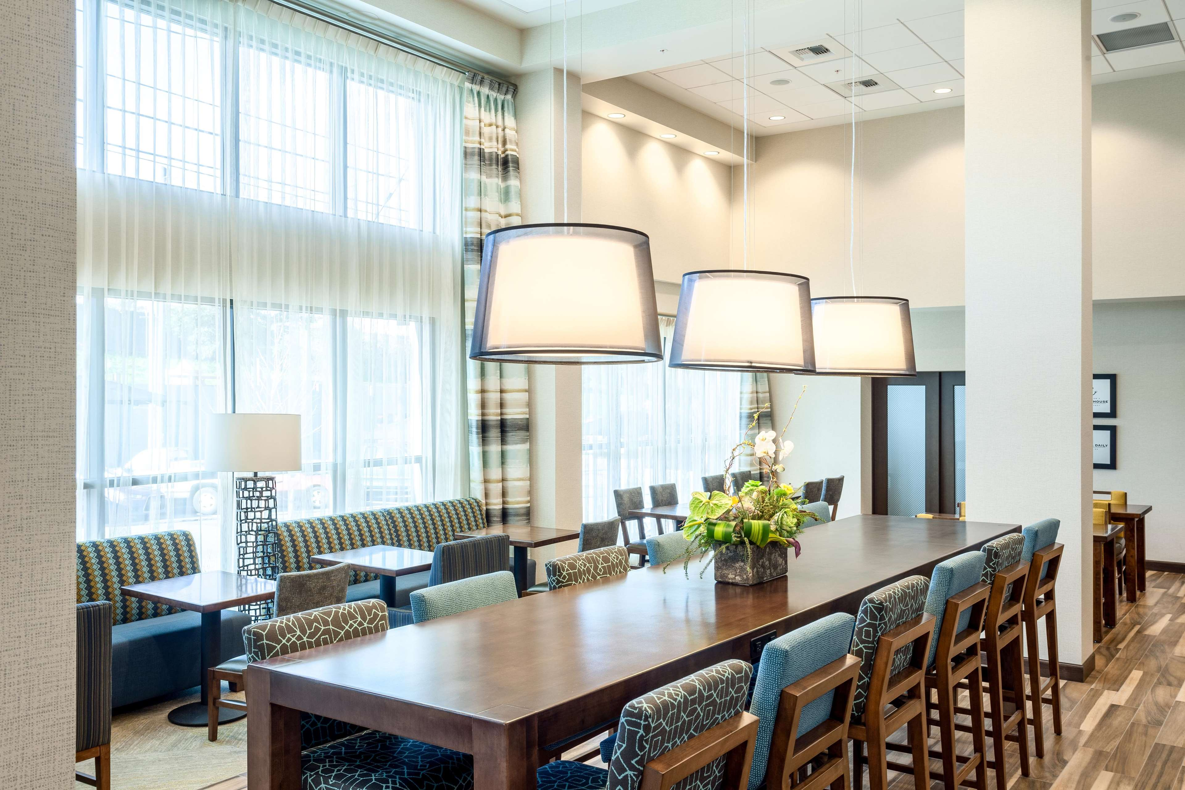 Hampton Inn & Suites by Hilton Seattle/Northgate image 15