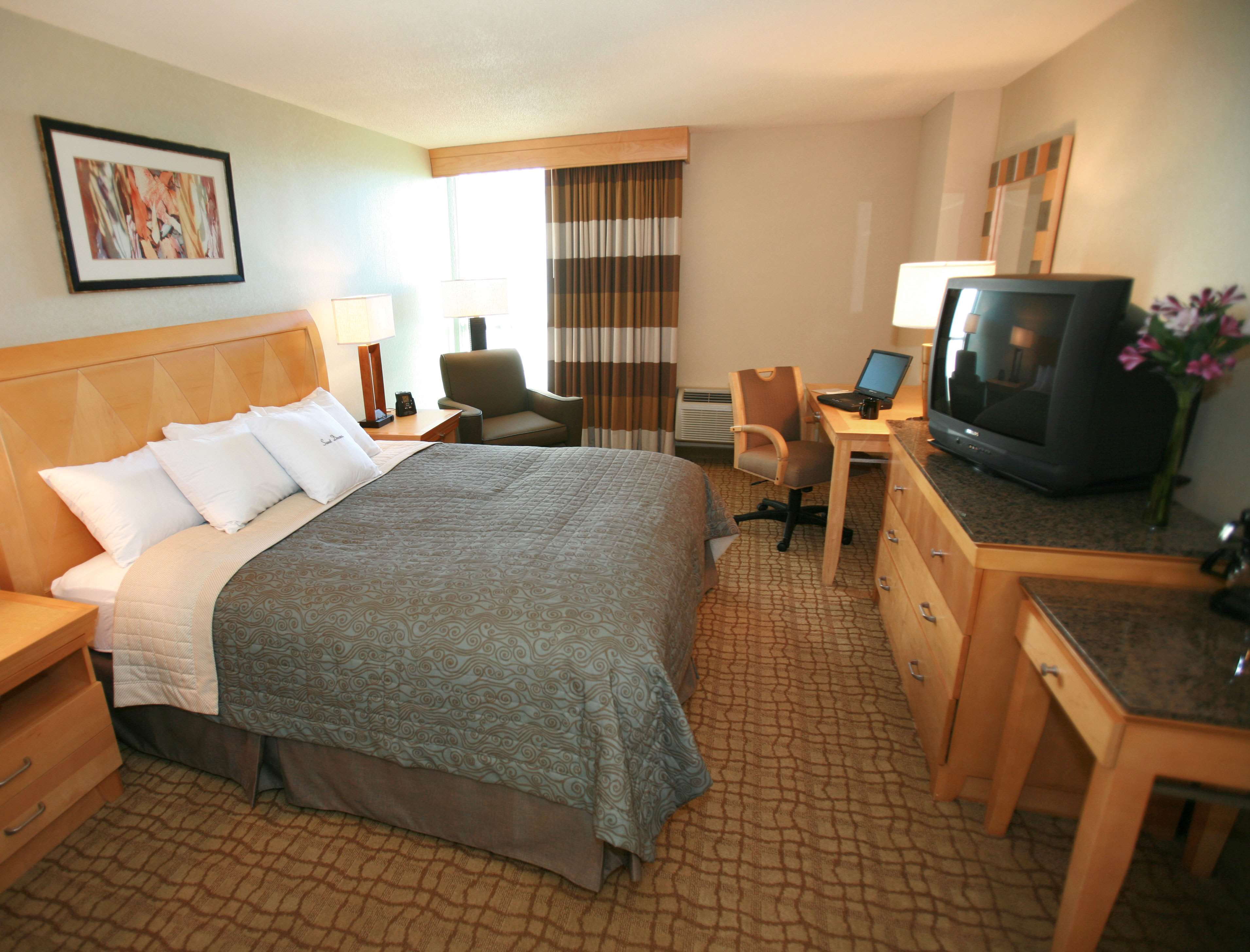 DoubleTree by Hilton Hotel Virginia Beach image 17