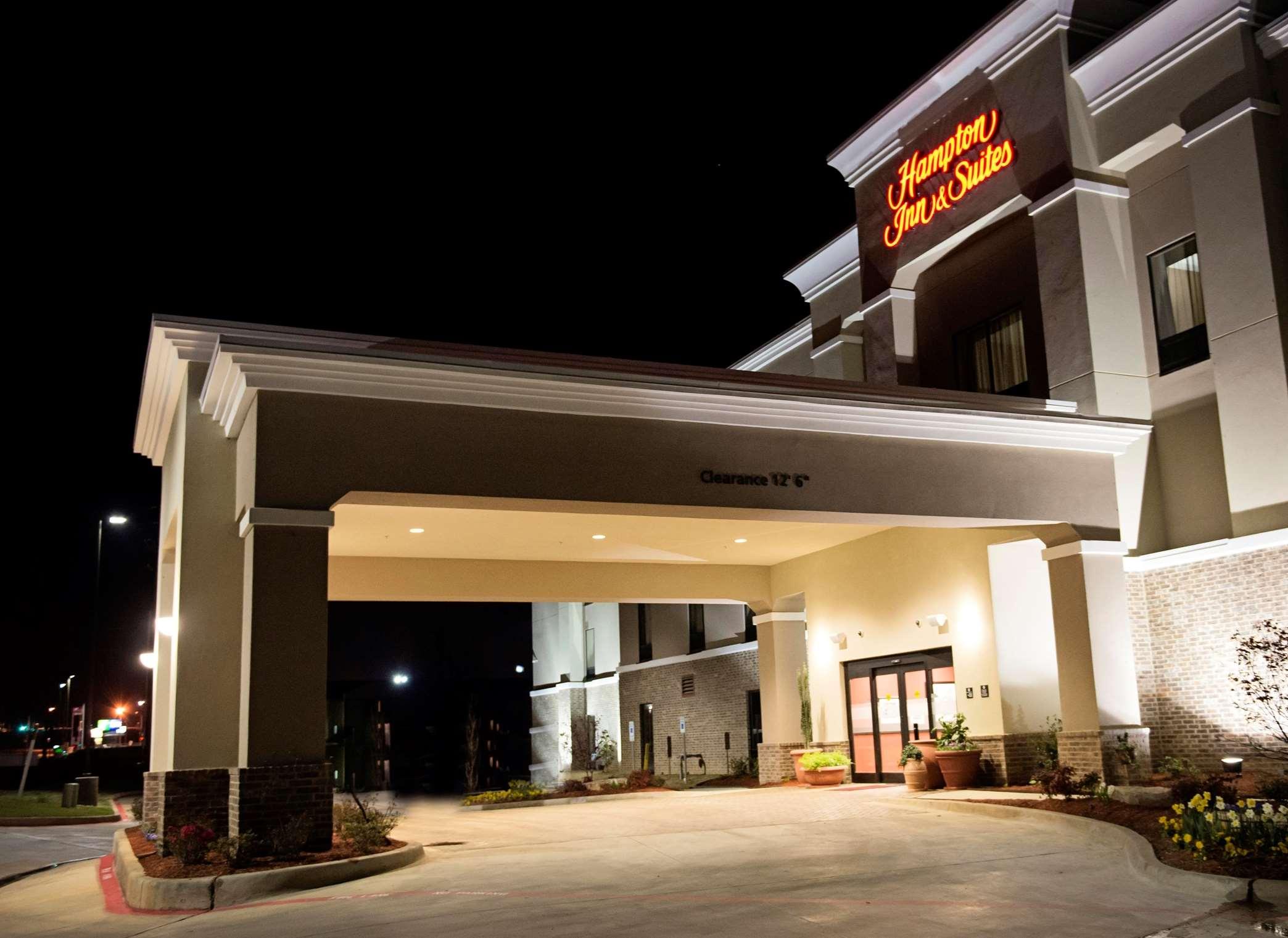 Hampton Inn & Suites Hope image 2