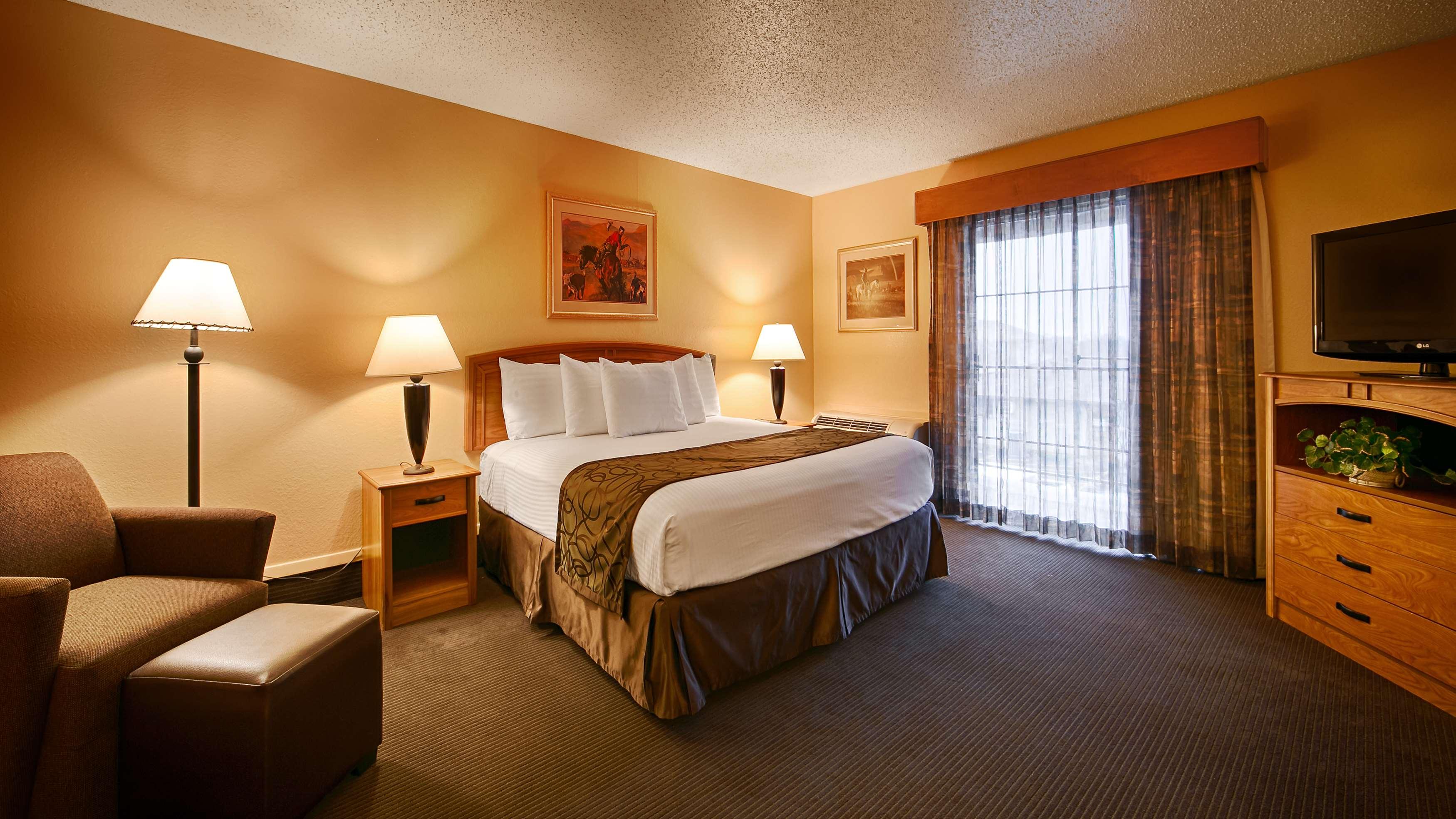 Best Western Trail Dust Inn & Suites image 21