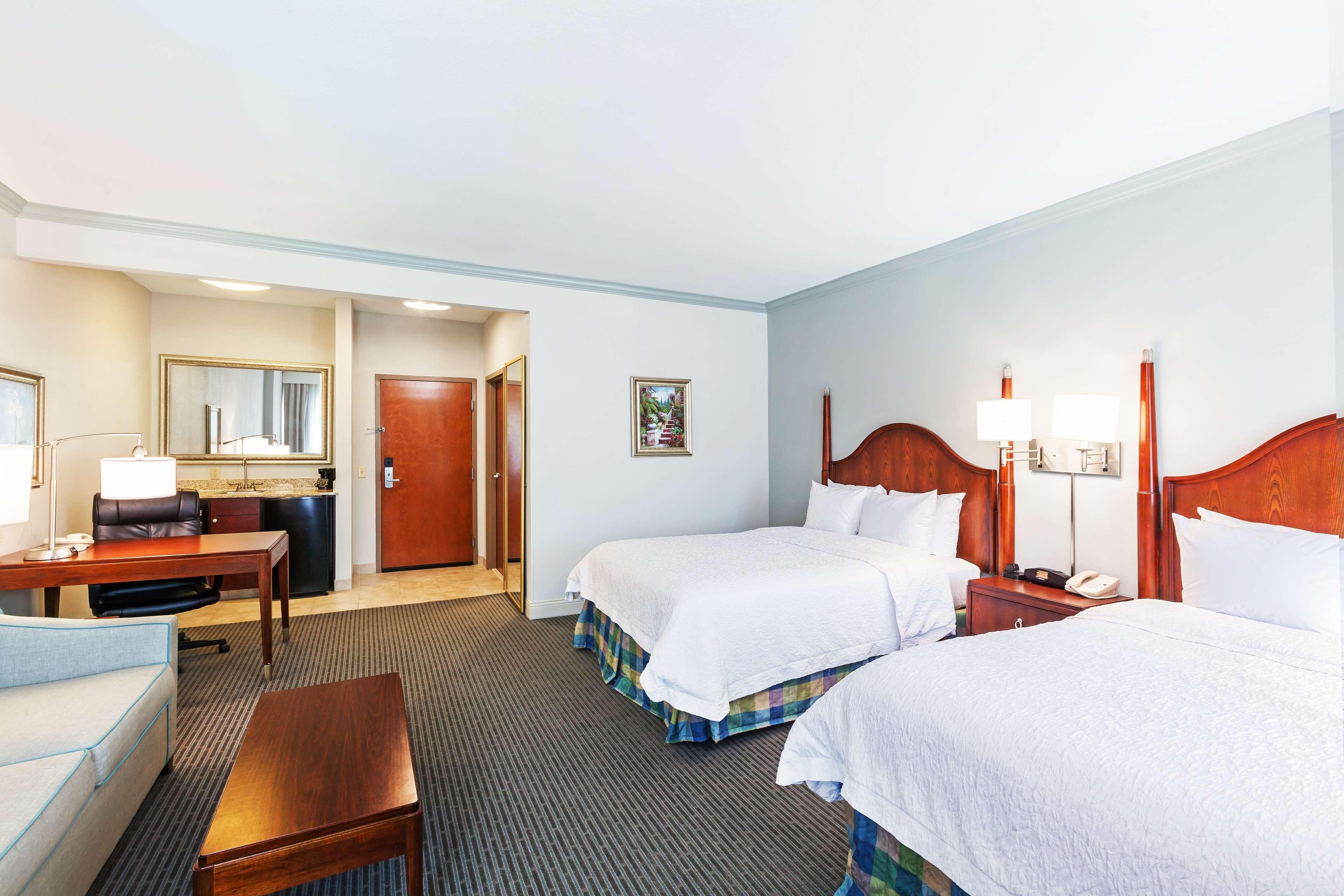 Hampton Inn & Suites Houston-Westchase image 18