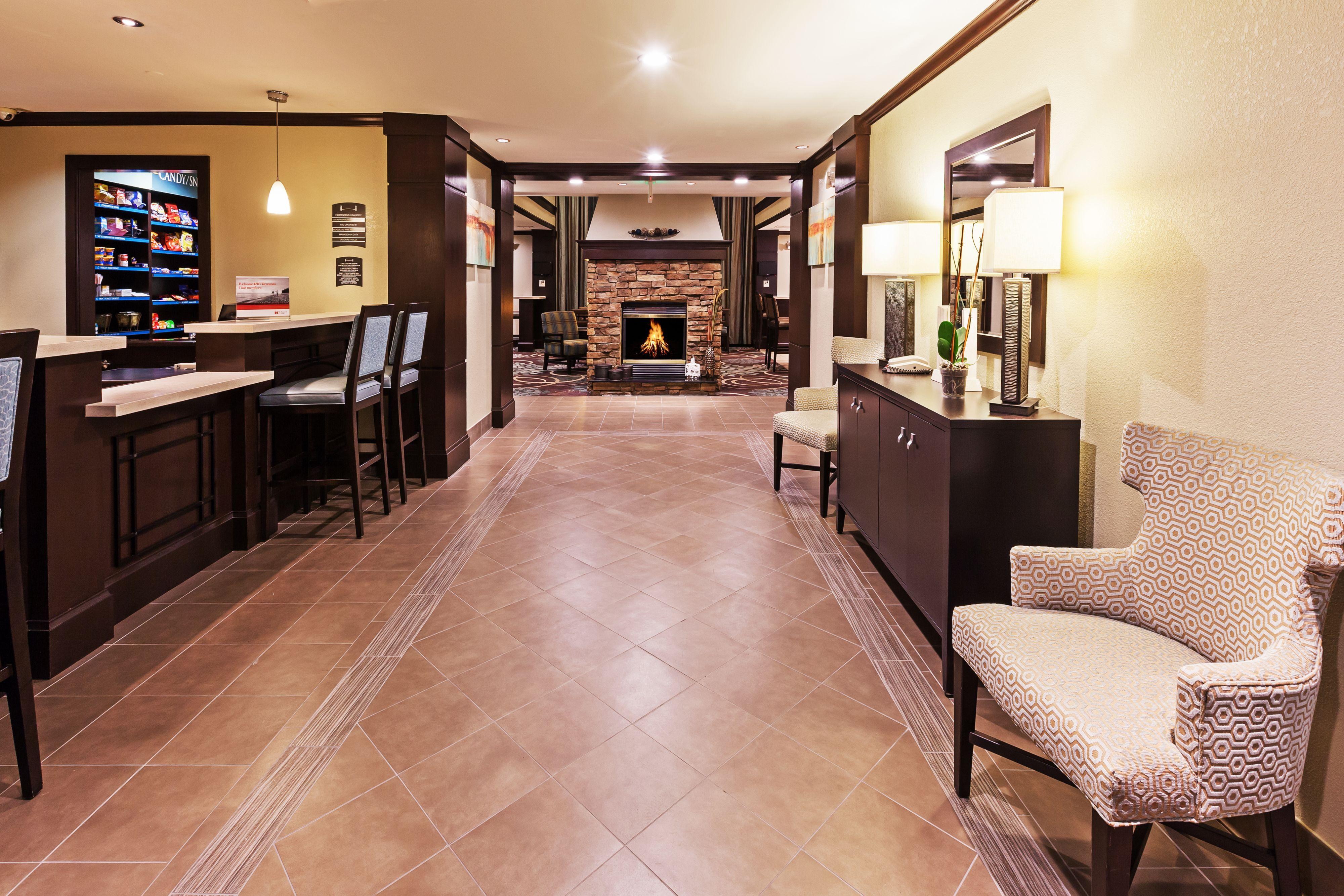 Staybridge Suites Tulsa-Woodland Hills image 4