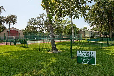 Park at Waterford Harbor Apartments image 1
