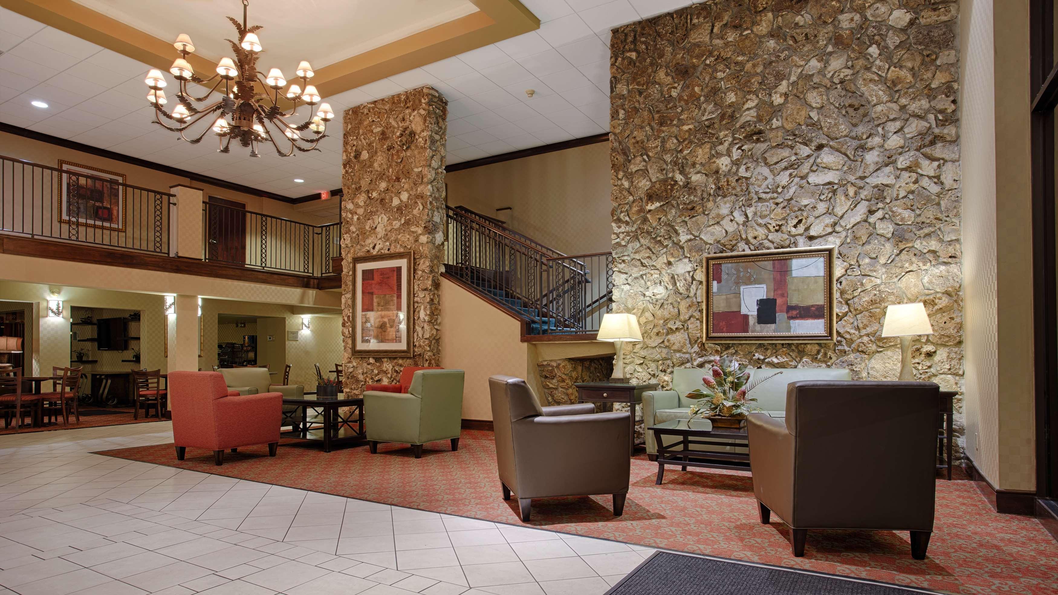 Best Western International Speedway Hotel image 2