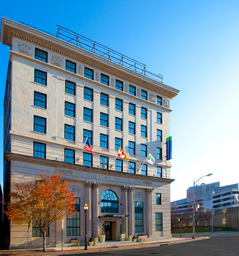 Holiday Inn Express Dallas: Holiday Inn Express Baltimore-Downtown In Baltimore, MD