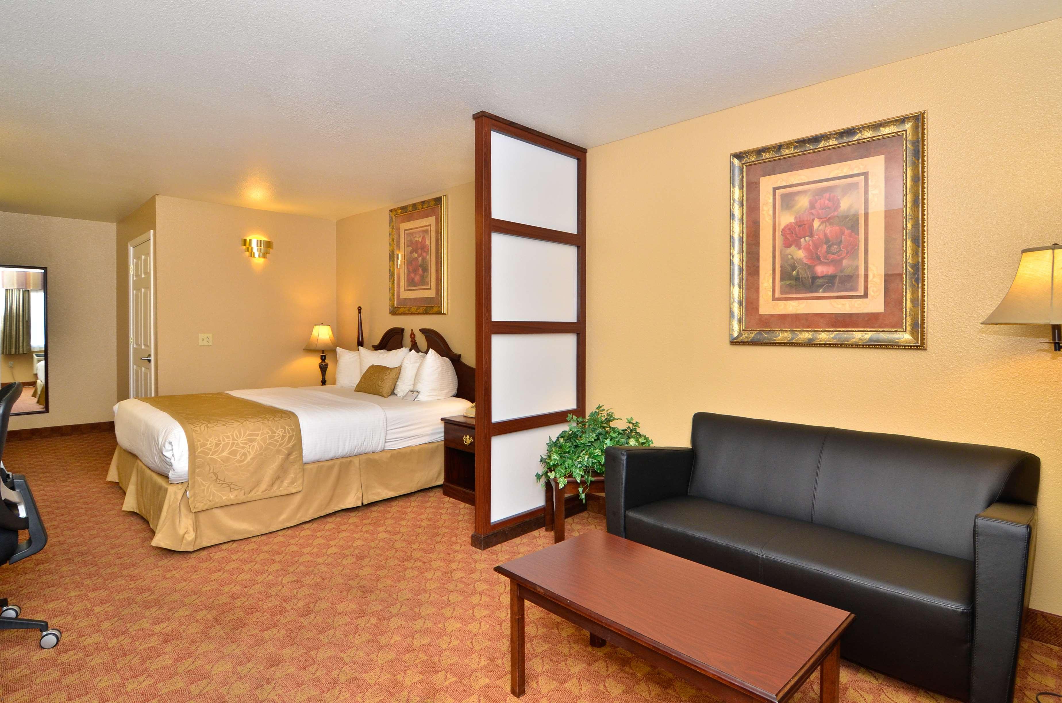 Best Western Fallon Inn & Suites image 29