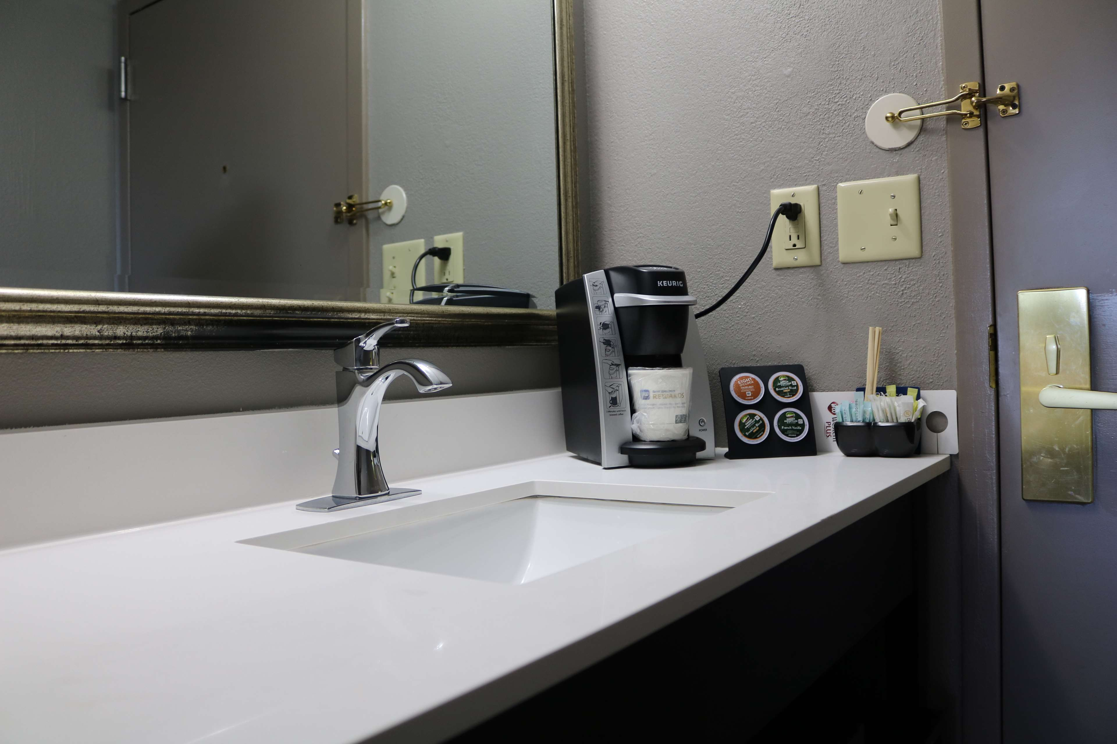 Best Western Plus Greensboro Airport Hotel image 28