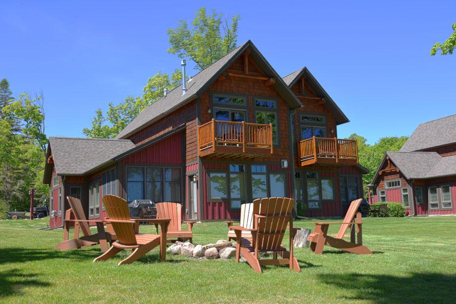 Trapper's Landing Lodge image 2