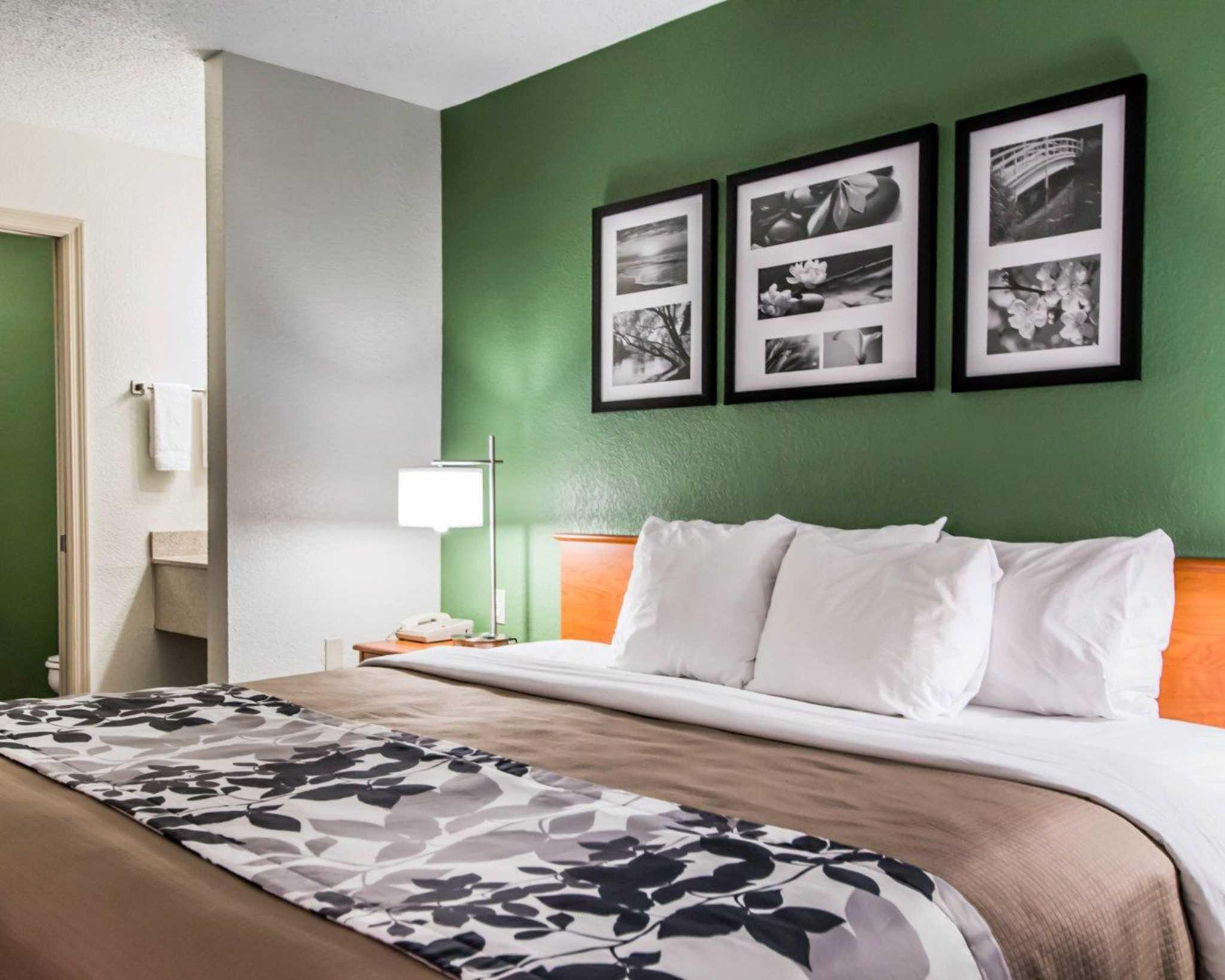 Sleep Inn image 4