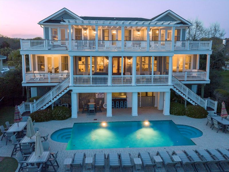 Isle of Palms Vacation Rentals by Exclusive Properties image 67