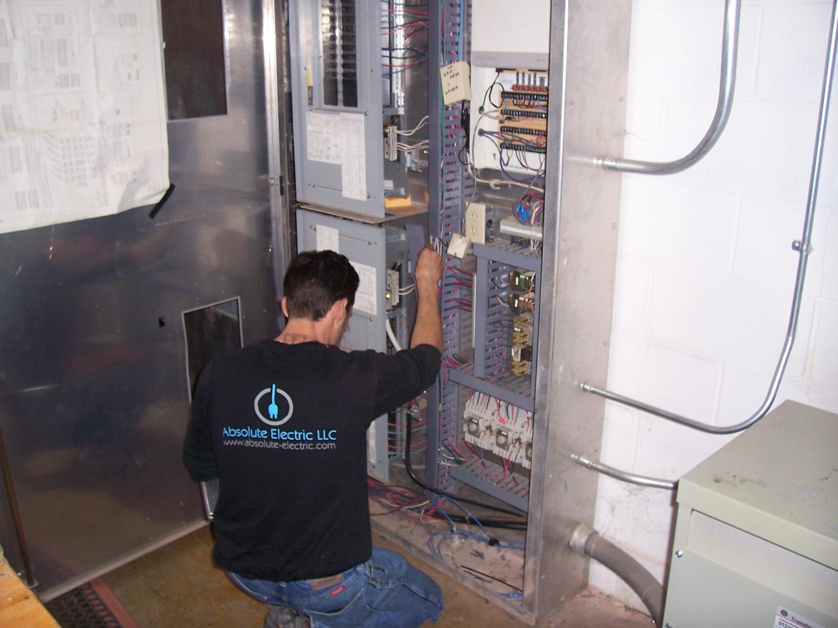 Absolute Electric LLC - Sterling, VA