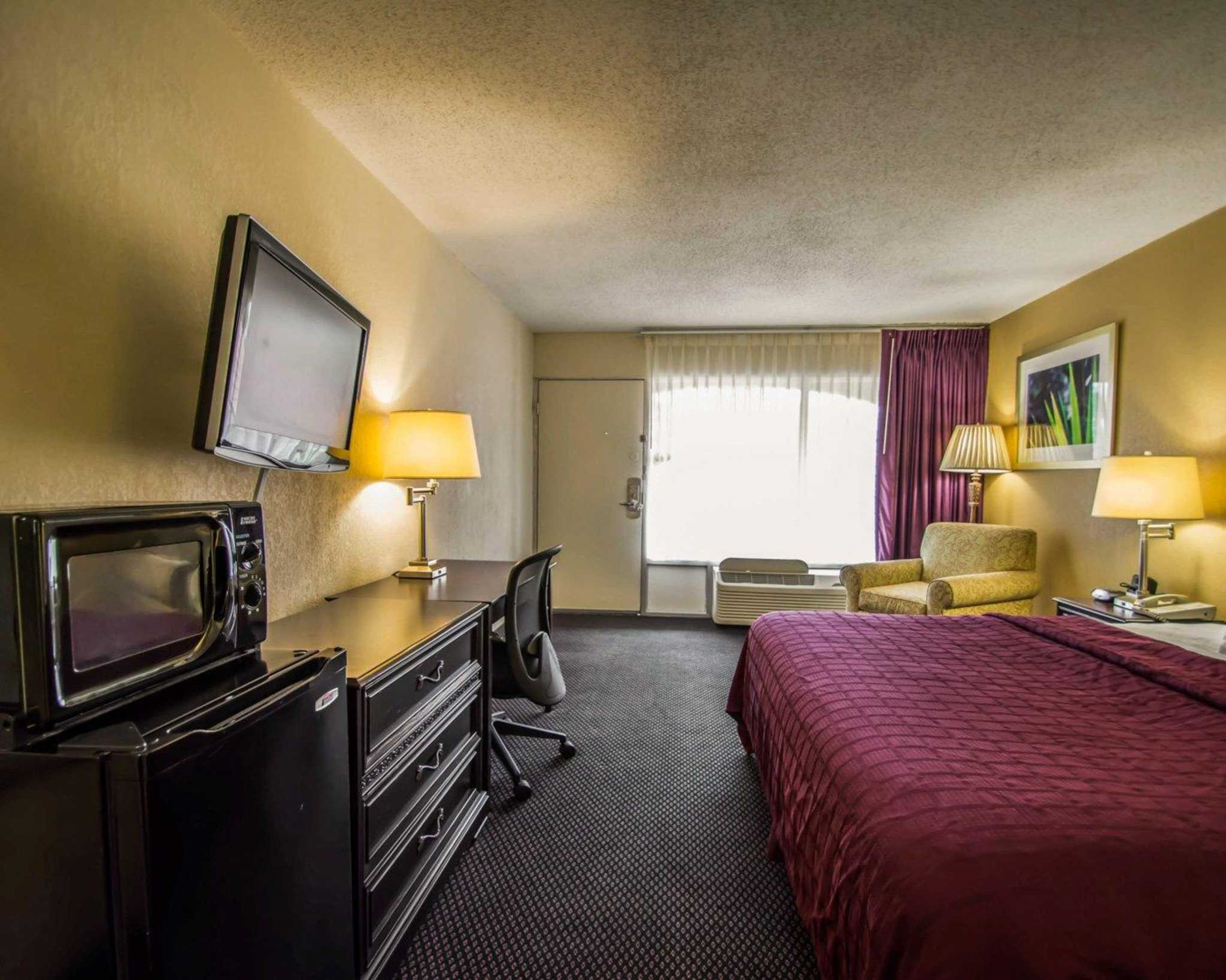 Quality Inn I-75 at Exit 399 image 14