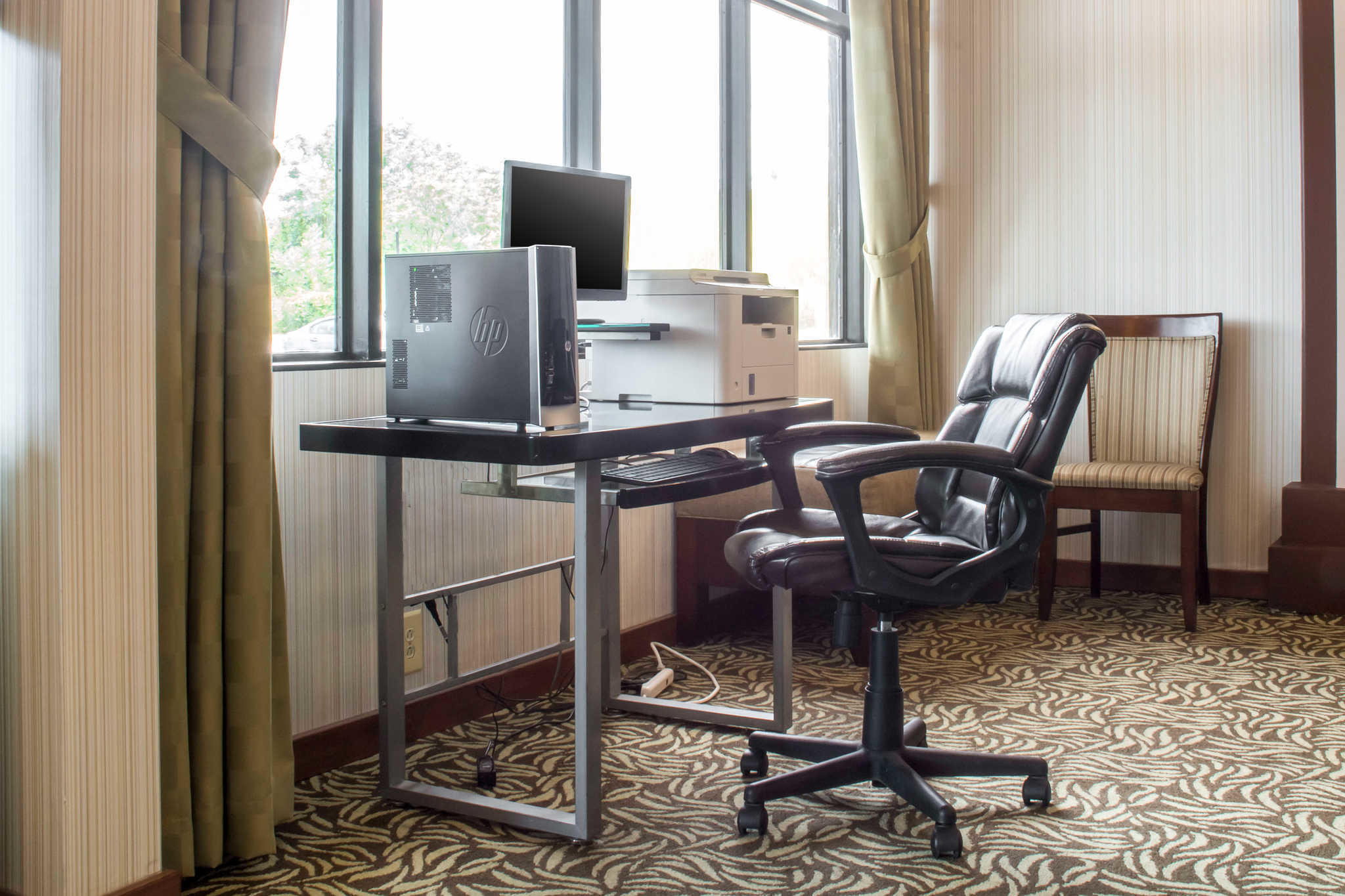 Quality Inn Rochester Airport image 19
