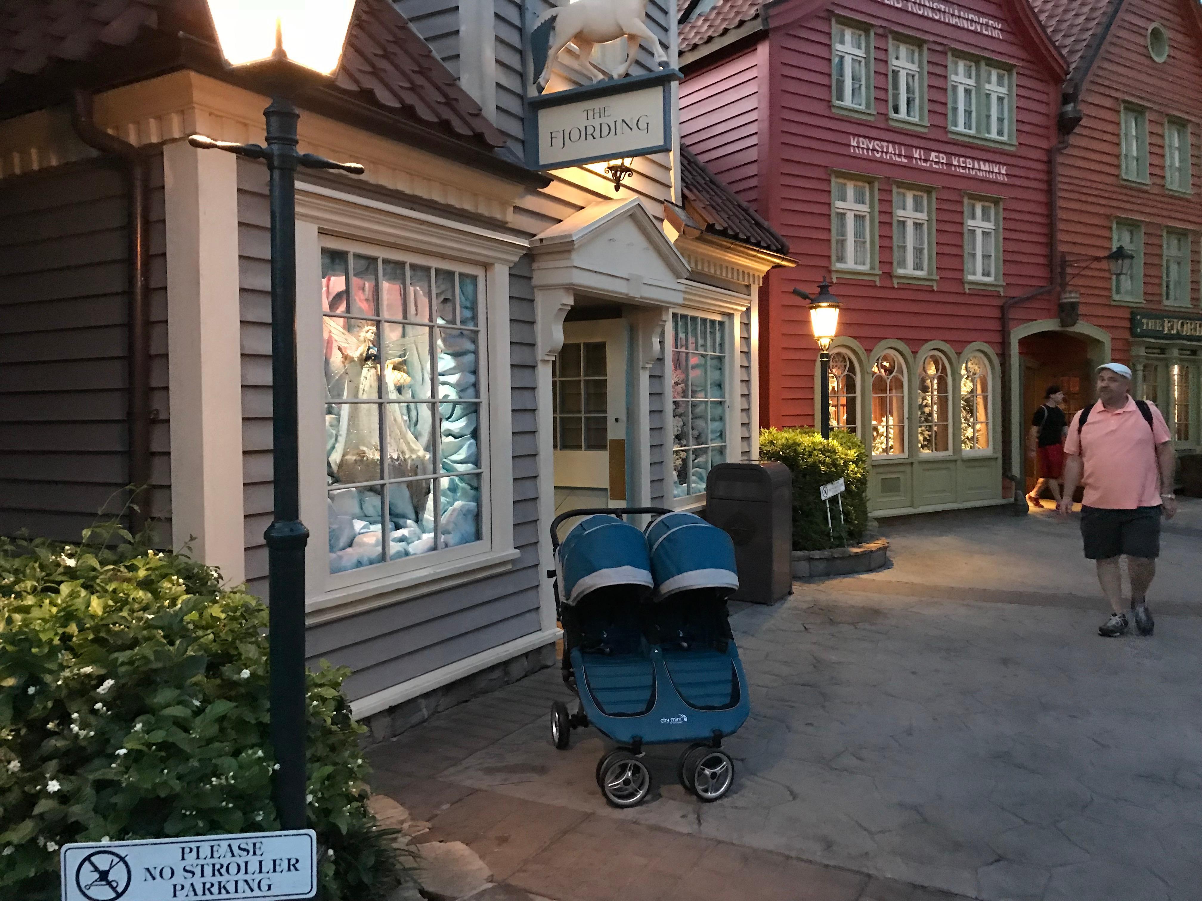 Stroller Rentals Disney image 34