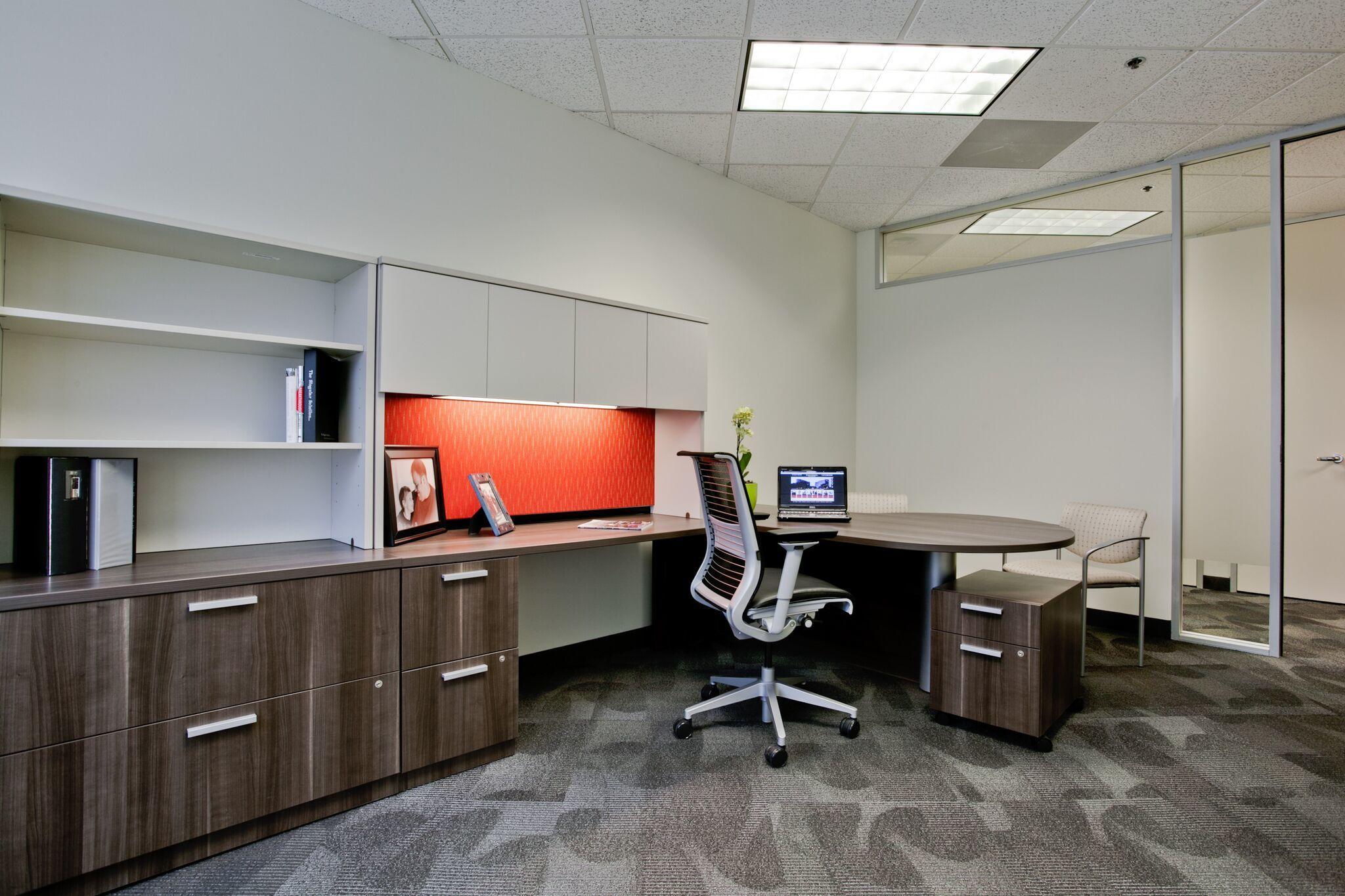 Executive Workspace image 5