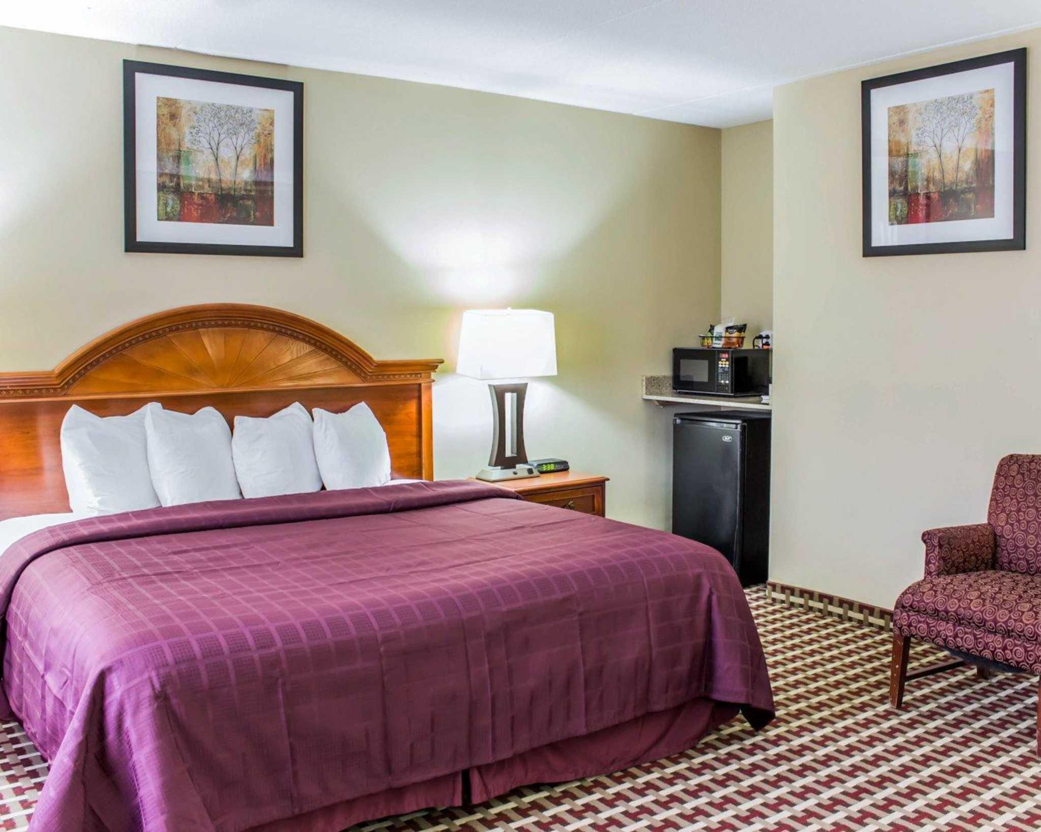 Quality Inn & Suites Fort Bragg image 17