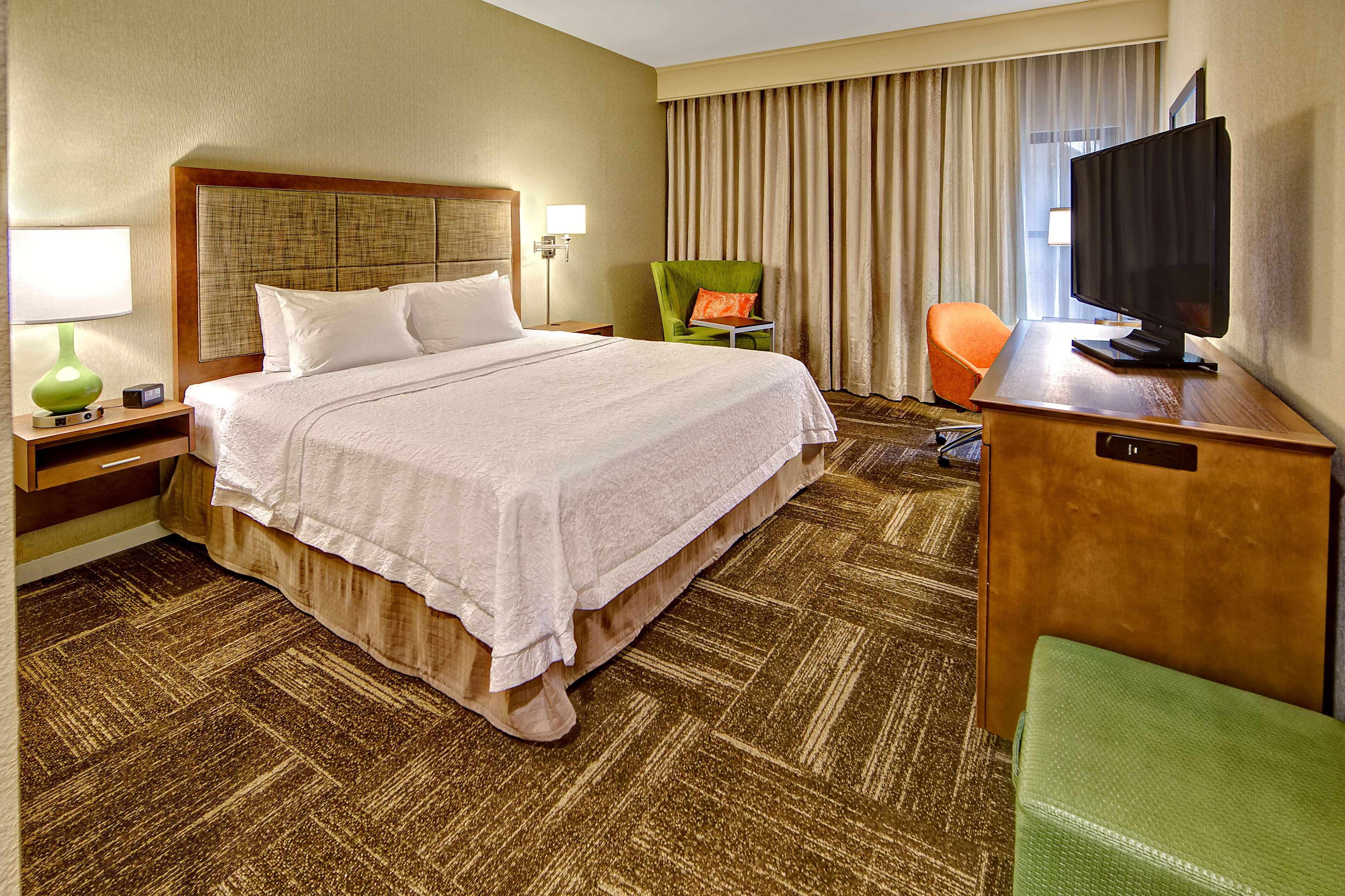 Hampton Inn & Suites Asheville-I-26 image 24