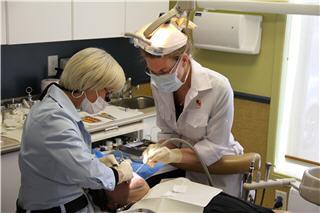 Centre Dentaire Bouchard Laperrière Lavoie et Associés à Longueuil