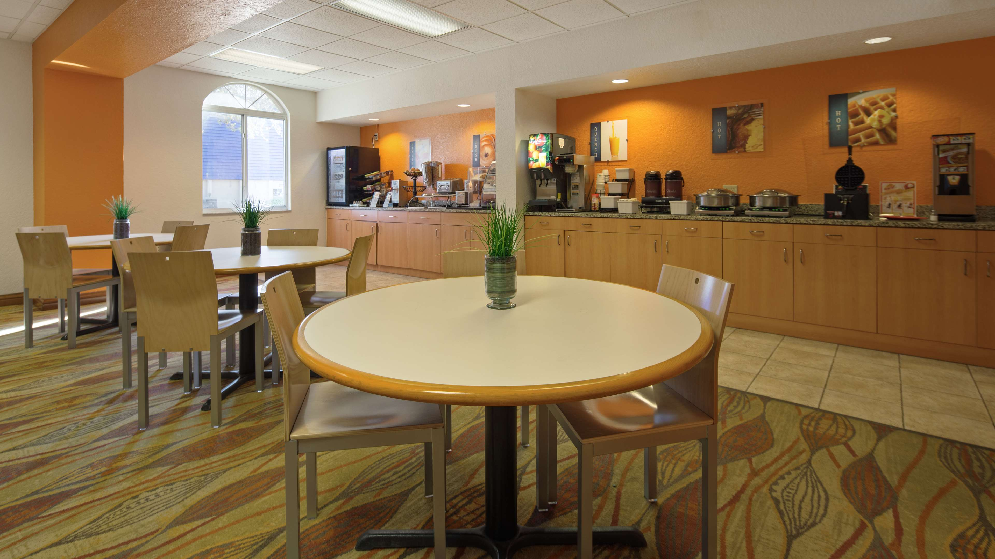 Best Western Tampa image 5