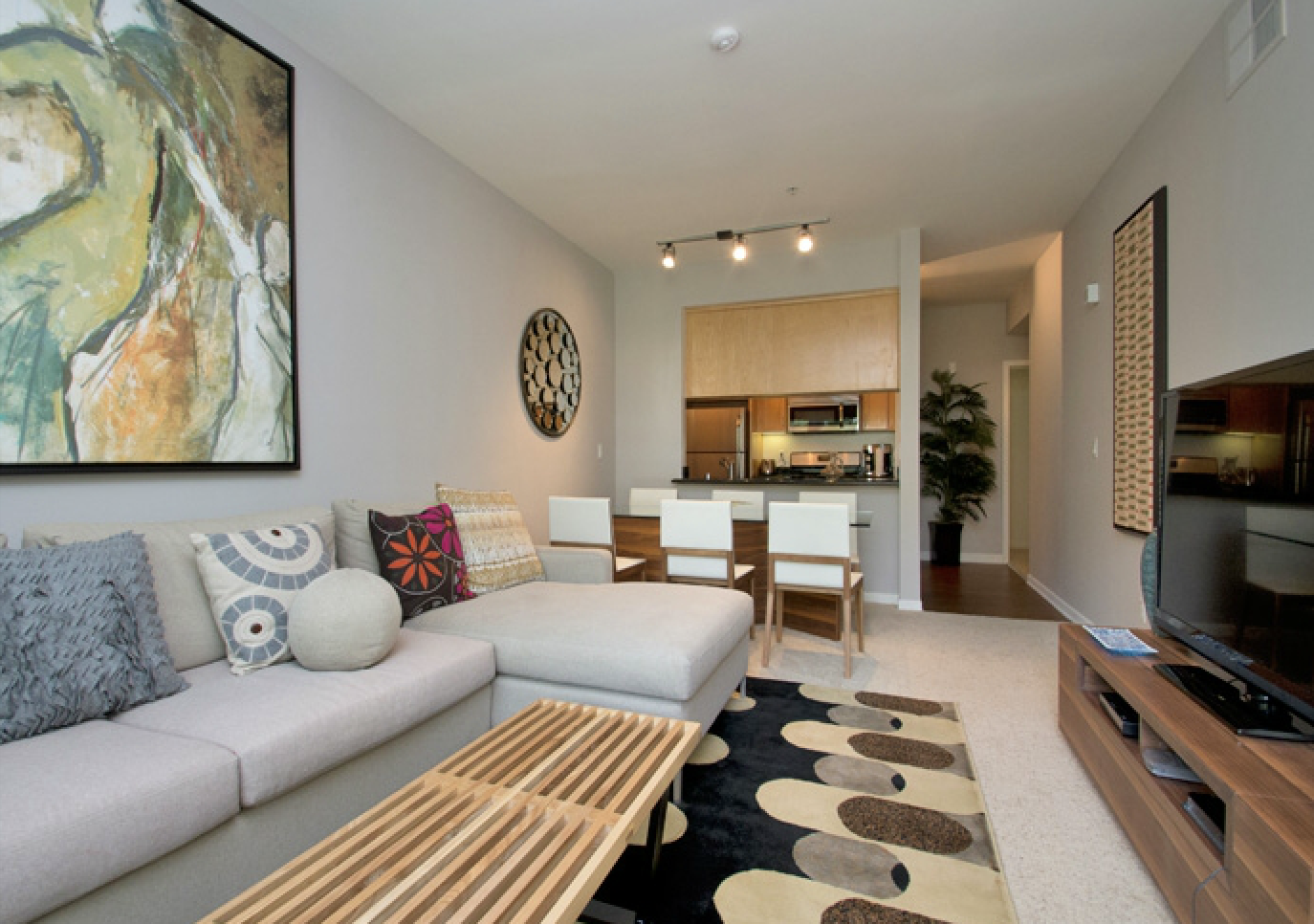 Living at Santa Monica image 4