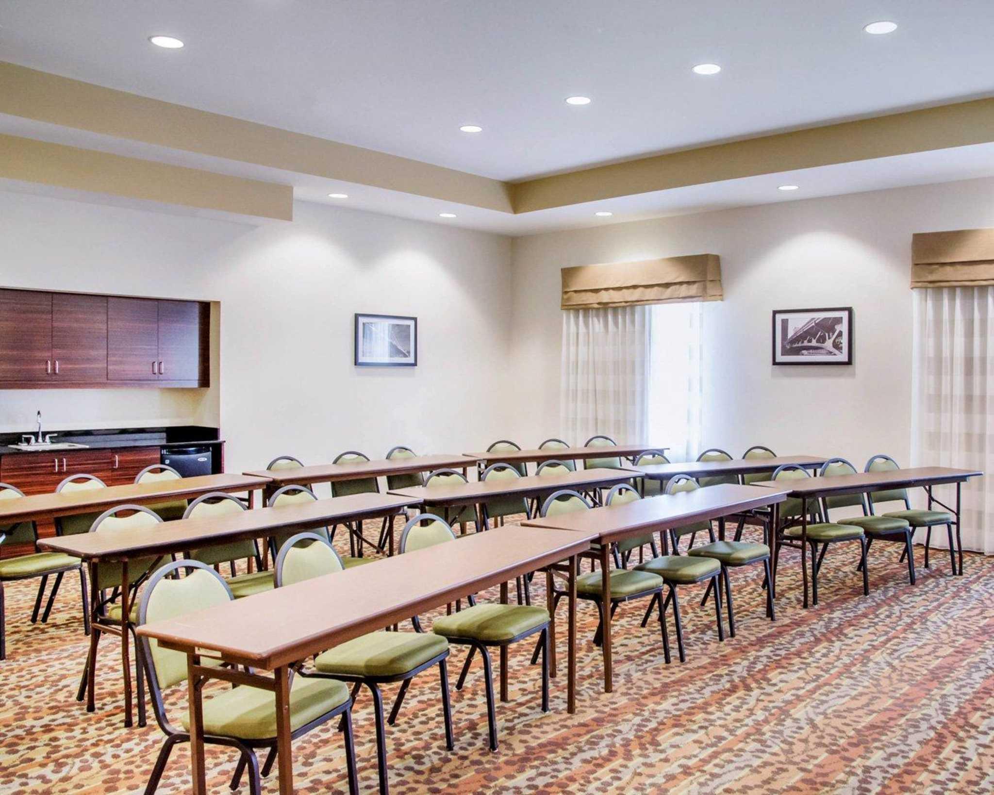 Sleep Inn & Suites Parkersburg-Marietta image 19