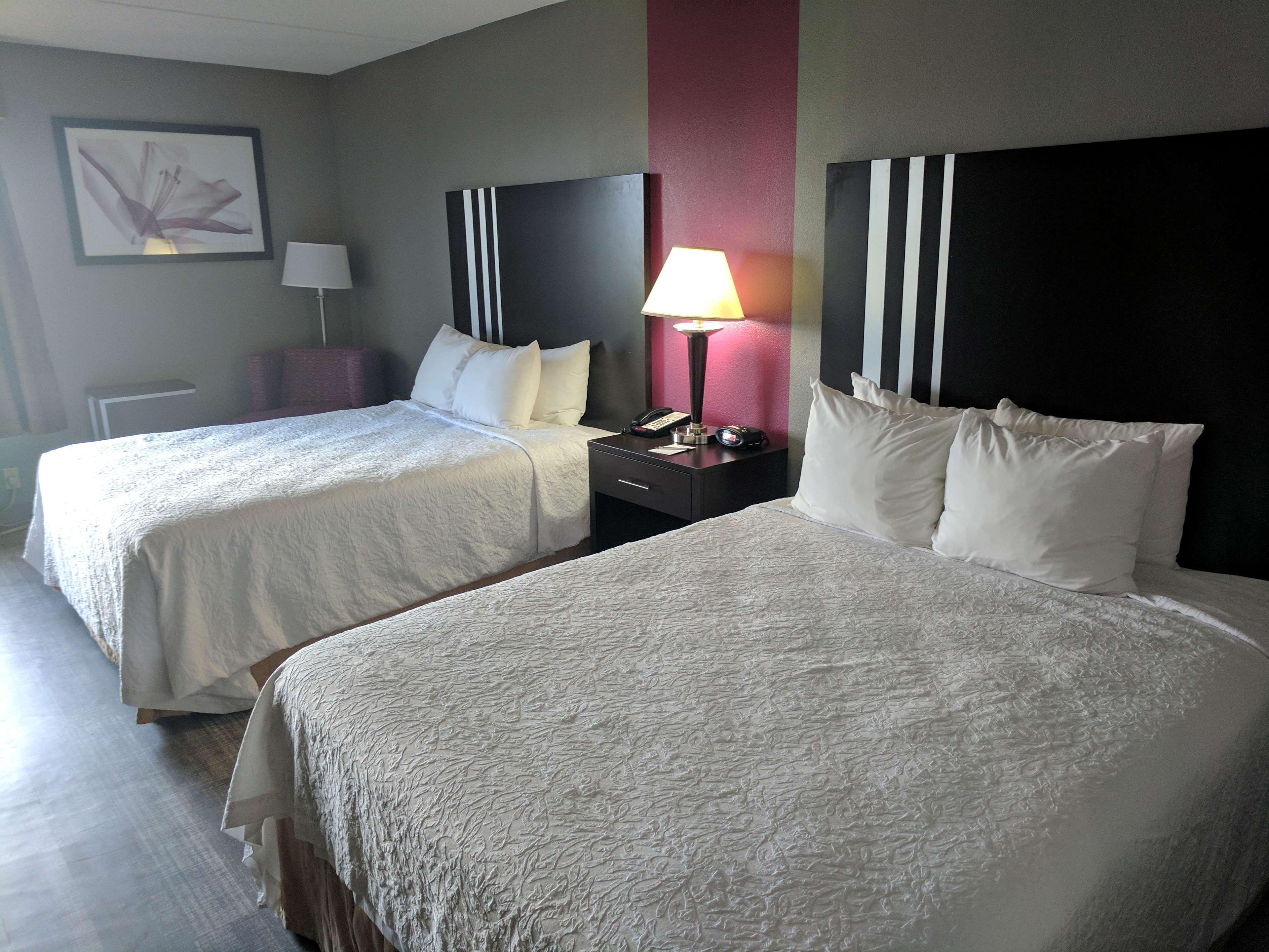 Best Western Plus Greensboro Airport Hotel image 12
