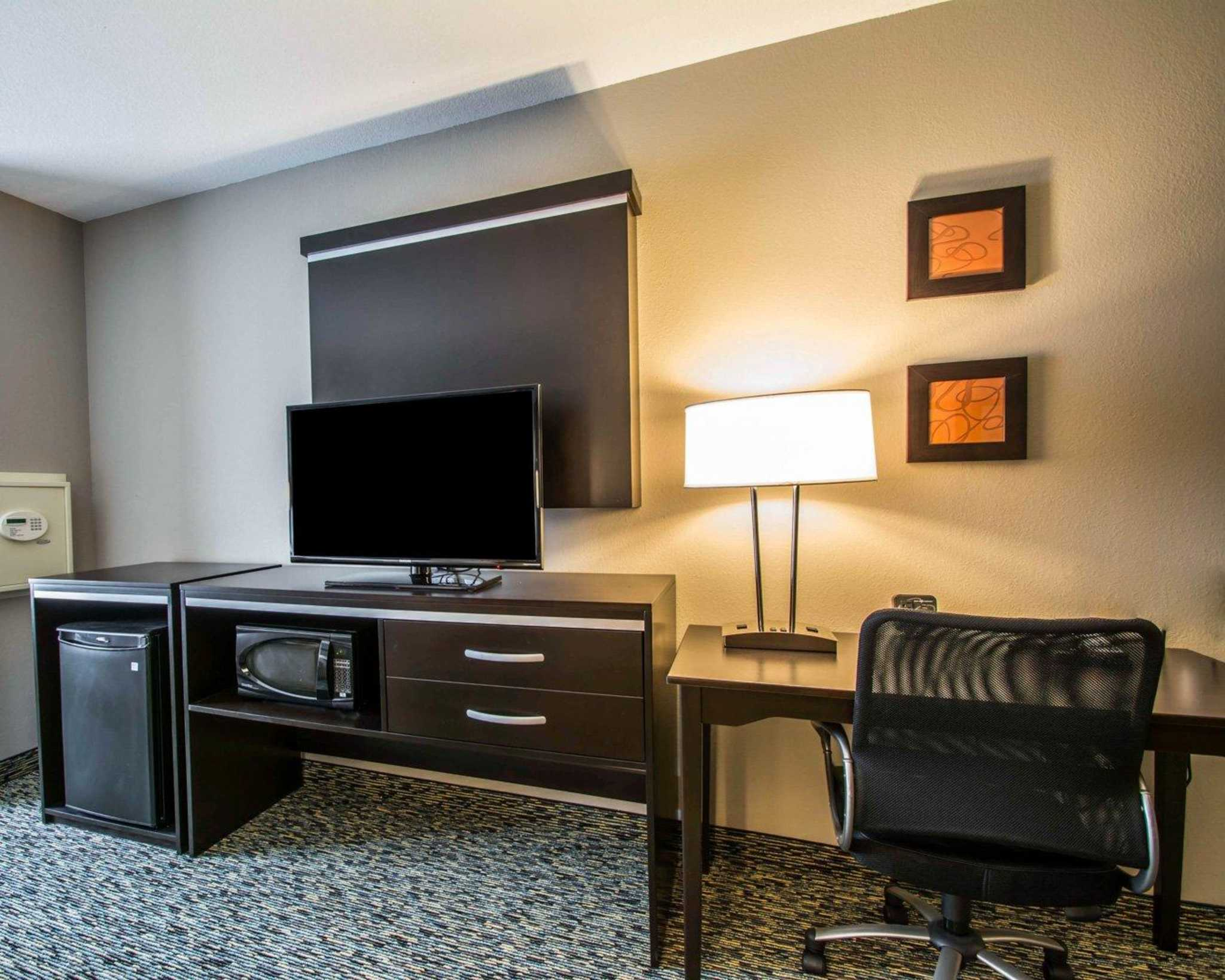 Comfort Suites Fort Lauderdale Airport South & Cruise Port image 20