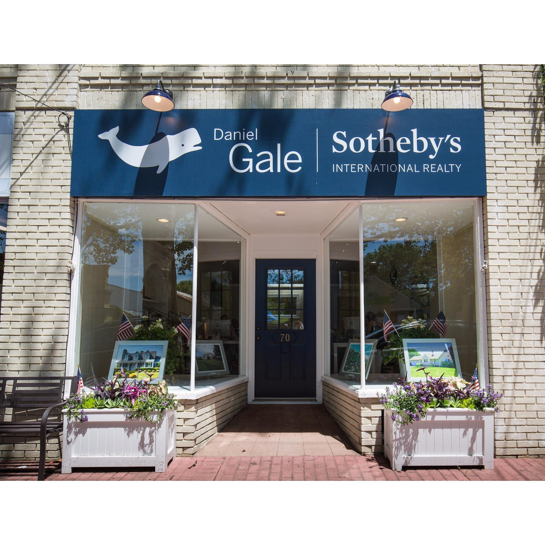 Rental Property Agency: Daniel Gale Sotheby's International Realty
