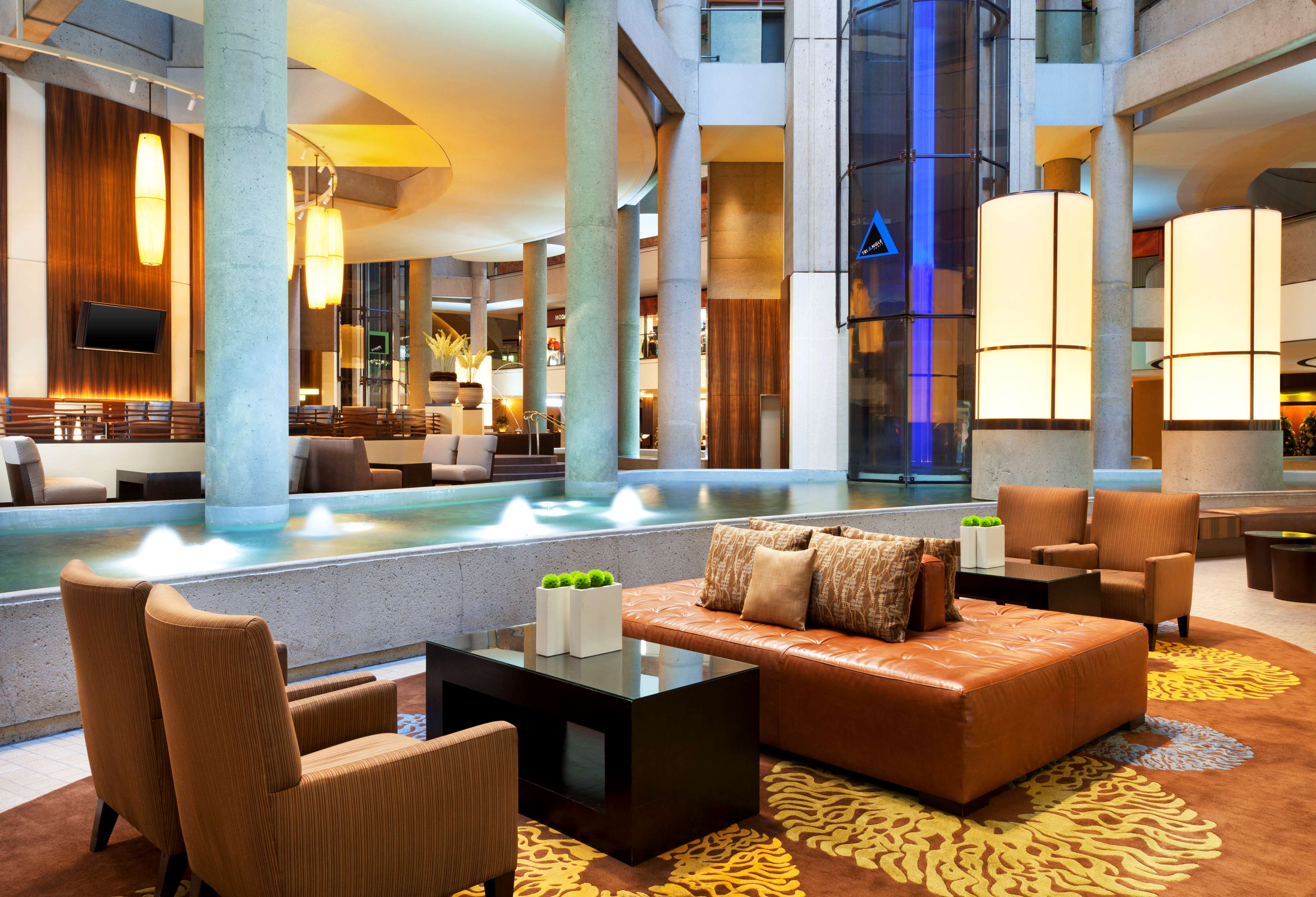 The Westin Bonaventure Hotel & Suites, Los Angeles image 4
