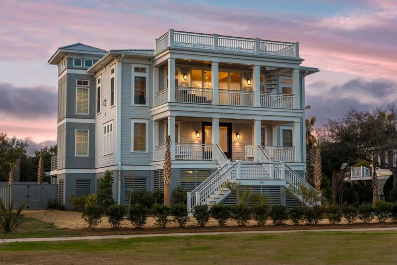 Isle of Palms Vacation Rentals by Exclusive Properties image 66