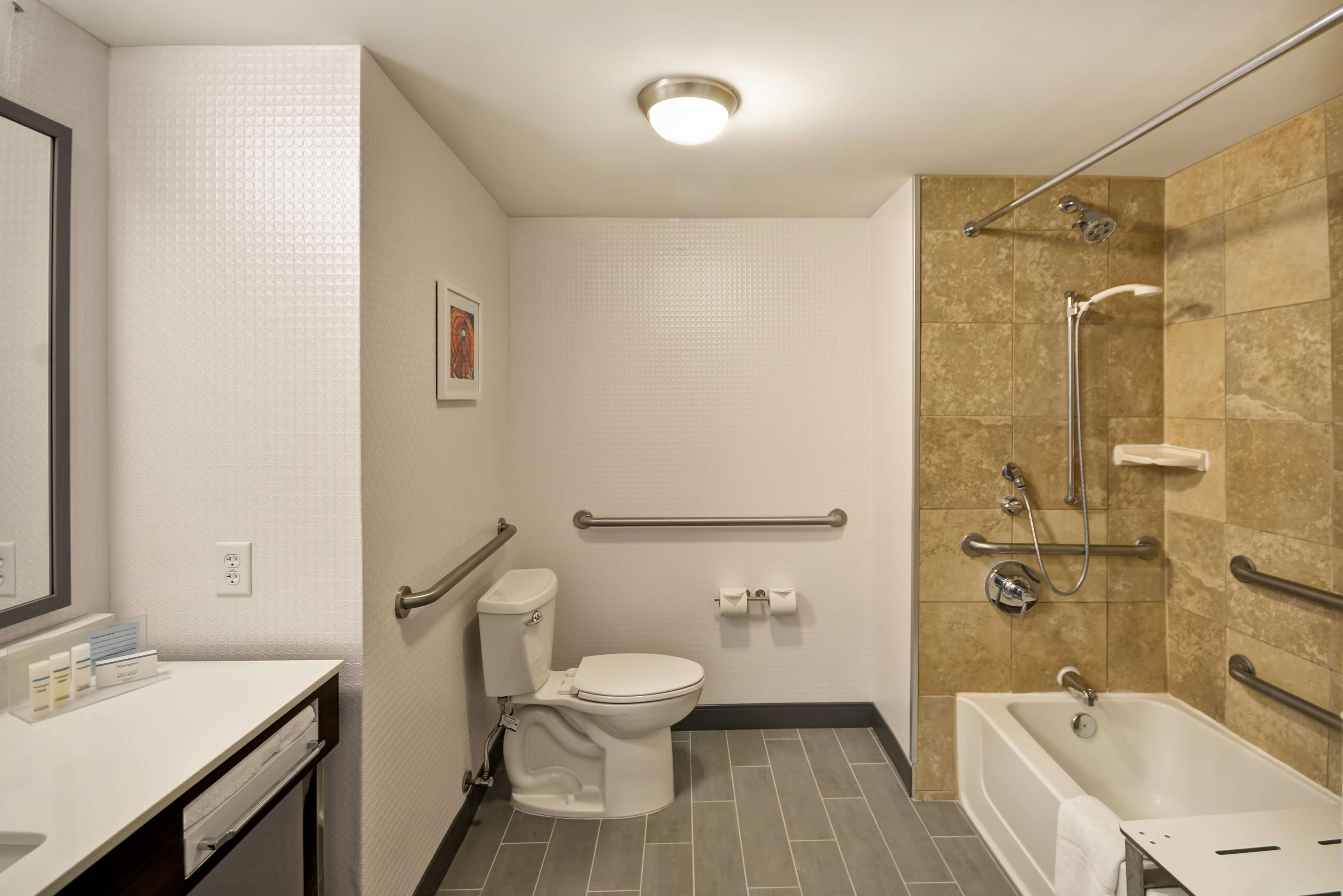 Hampton Inn & Suites Columbus-Easton Area image 33