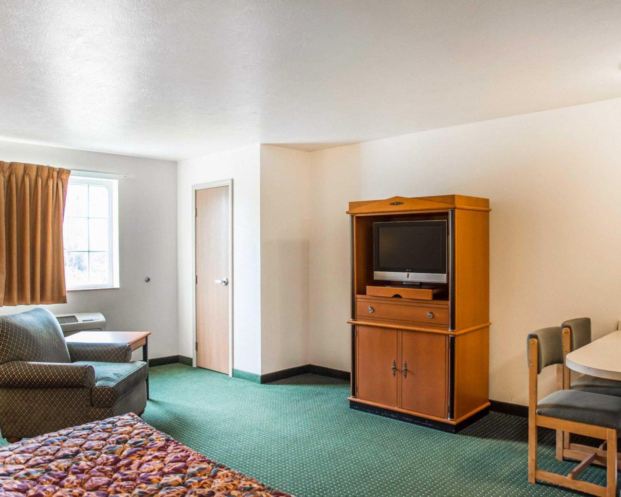 Suburban Extended Stay Hotel Dayton-WP AFB image 8